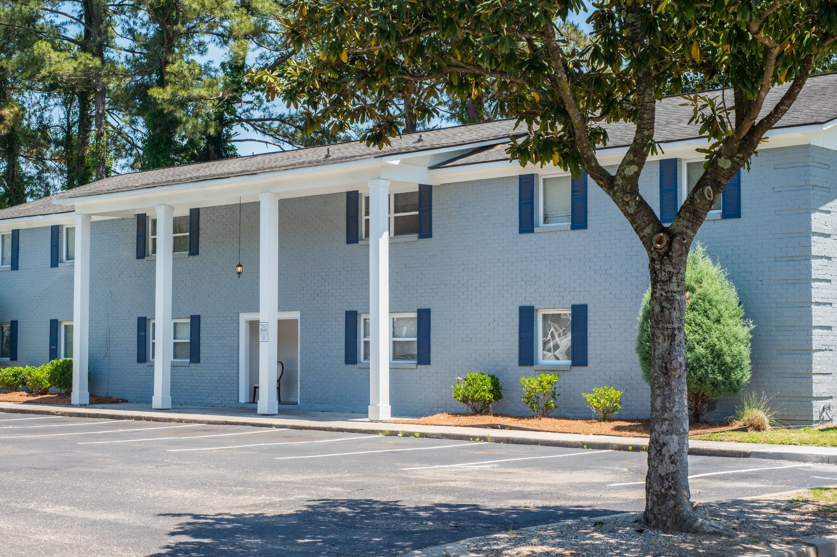 Arbor Square   North Charleston, SC  Utilizing shared staff from Cedar Key, Arbor Square is a market rate project purchased in December of 2017. Well located within its sub-market, this off-market acquisition represented an exciting opportunity to re-brand, renovate, and improve operations.