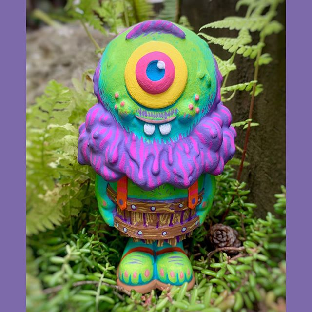 """Did this LiL' Cosmic Hobo Custom on @buffmonster 's Mr. Melty figure. For the 'I melt with you"""" show Available at @cluttermagazine gallery this week! July 13th. Show details below. #cluttergallery #mrmelty 🍦💜#------------------------------------------------------# Buff Monster and Clutter Gallery are proud to present: """"I'll melt with you!"""" A group custom show of 5"""" Mr Melty figures! Curated by Buff Monster and Clutter artists were given a blank 5"""" tall resin """"Mr Melty"""" platform to go wild!"""