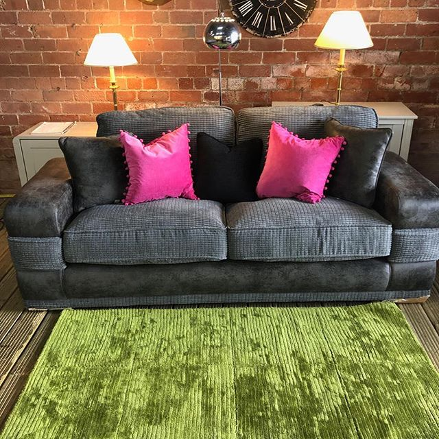 ⚡️STUNNING CHORD WITH SNAKESKIN⚡️ 🙌🏻HARVEYS THREES SEATER 🙌🏻 🌟🌟A STEAL AT £399 RRP £750🌟 ⏰🚀ORDER TODAY, DELIVERED TODAY⏰ 🎉SHOP OUR FACEBOOK / INSTAGRAM 🎉#yorkshire #cosychair #loveleeds #sofashop