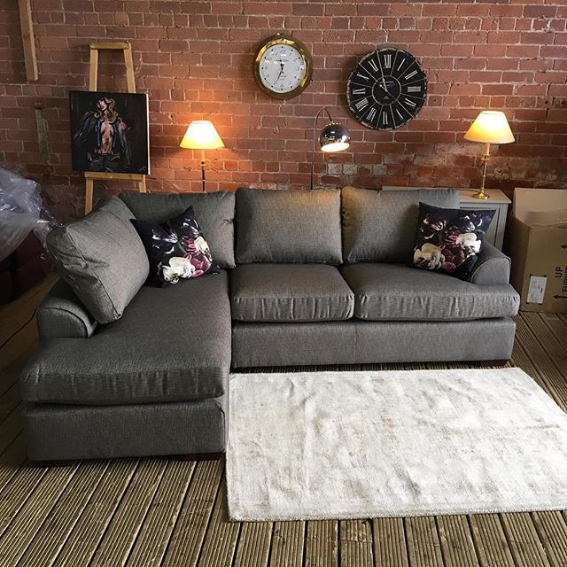 ⚡️SUPER SMART NEXT CORNER⚡️ 🙌🏻DARK GREY🙌🏻 🌟🌟OUR PRICE £699 RRP £1375🌟 ⏰🚀ORDER TODAY, DELIVERED TODAY⏰🚀 🎉SHOP OUR FACEBOOK / INSTAGRAM 🎉#yorkshire #cosychair #loveleeds #sofashop