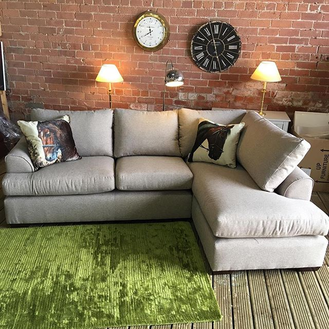 ⚡️SUPER SMART NEXT CORNER⚡️ 🙌🏻LIGHT GREY🙌🏻 🌟🌟OUR PRICE £699 RRP £1375🌟 ⏰🚀ORDER TODAY, DELIVERED TODAY⏰🚀 🎉SHOP OUR FACEBOOK / INSTAGRAM 🎉#yorkshire #cosychair #loveleeds #sofashop