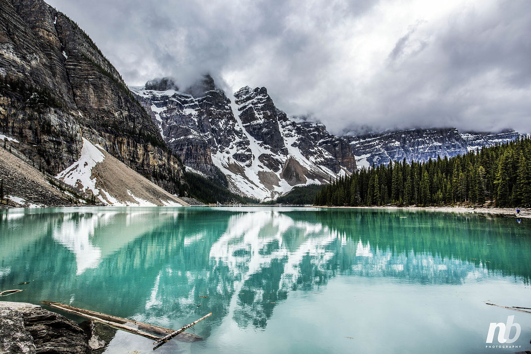 OFILA Moraine Lake Backdrop 10x6.5ft Canada Banff National Park Scenery British Columbia Canadian Rockies Pristine Mountain Nature Landscape Travel Photos Background Adult Adventure Party Shoots Props