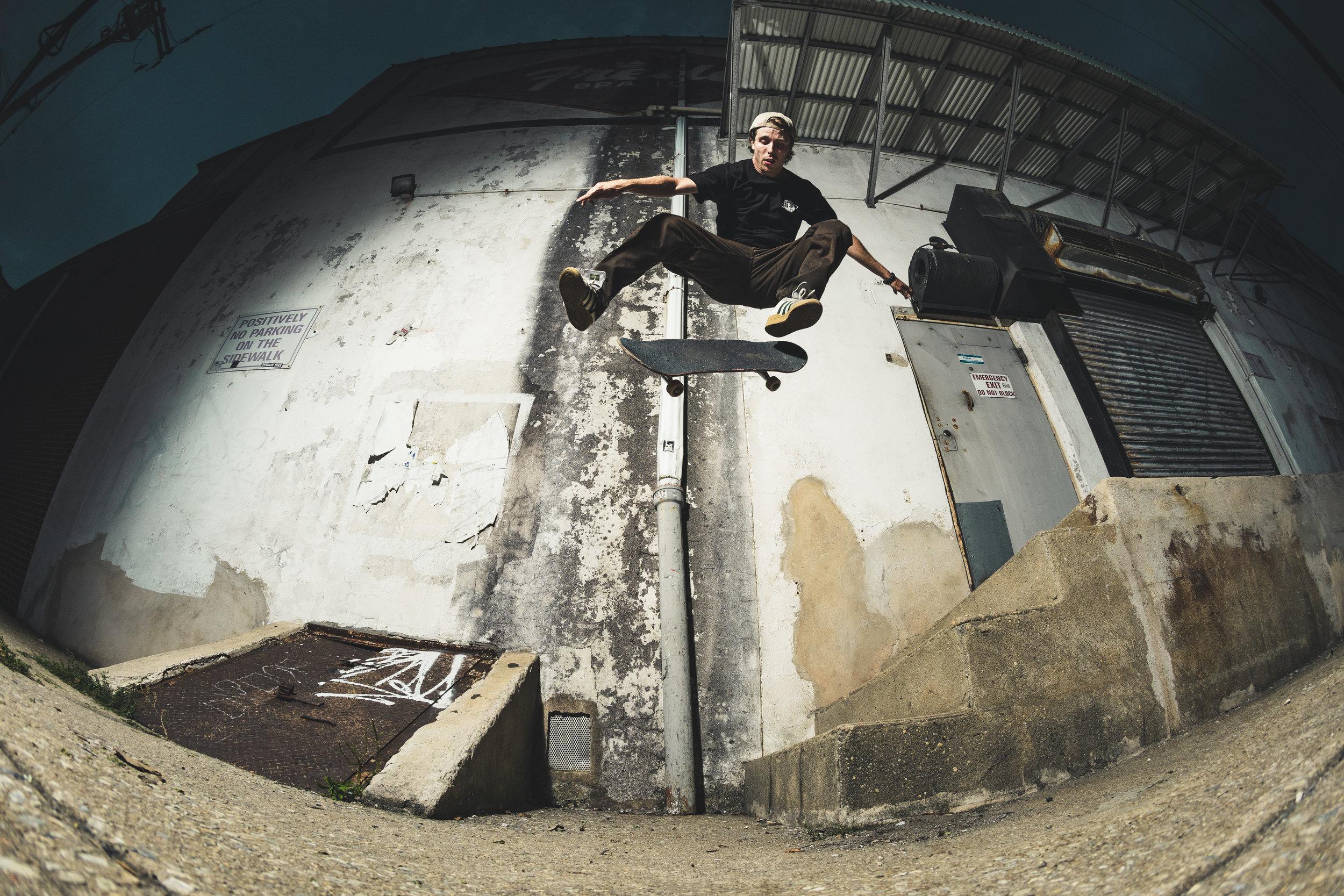 Skateboarding-102.jpg