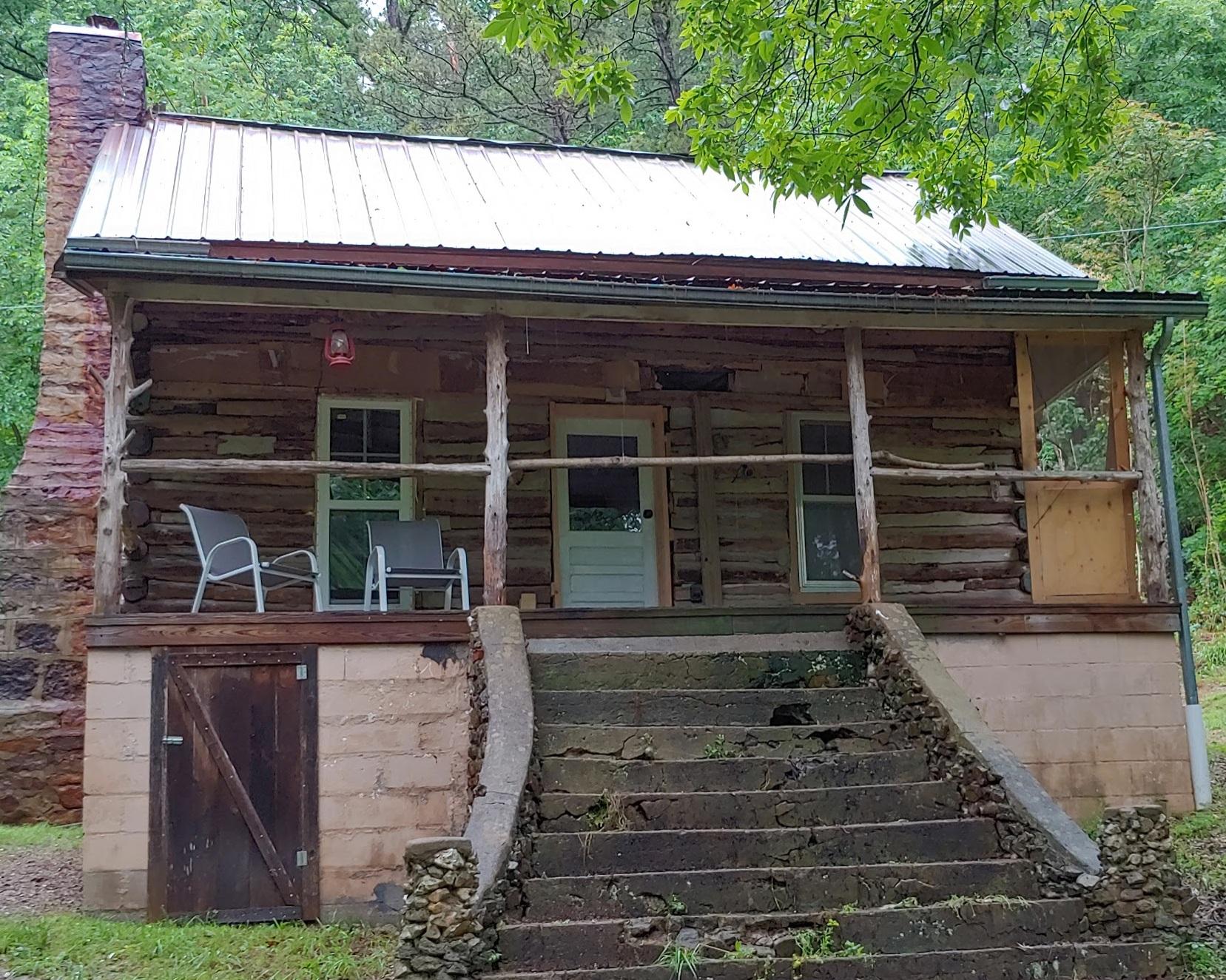 jonahs-cabin