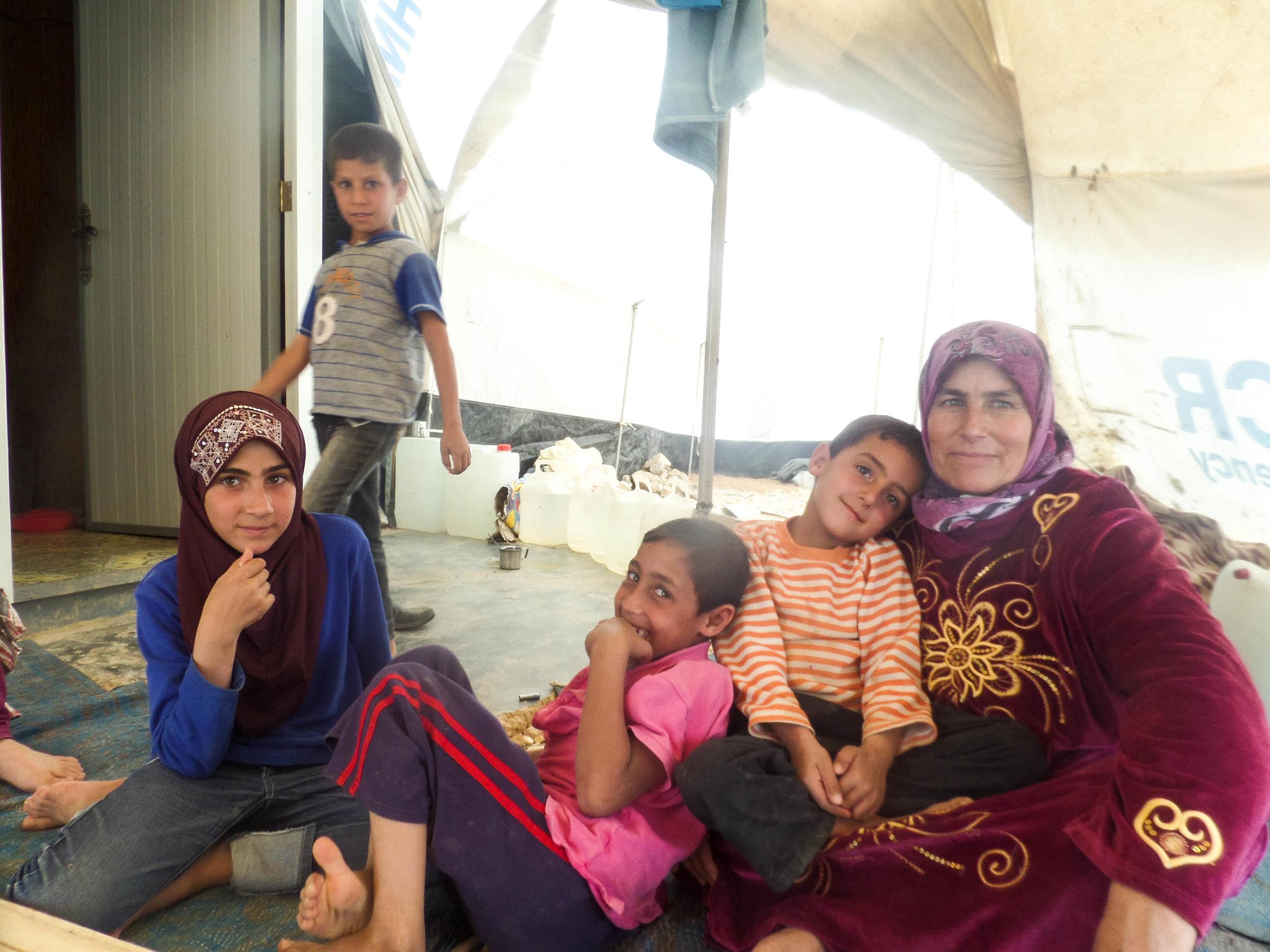 _39baraa.familyportrait.jpg