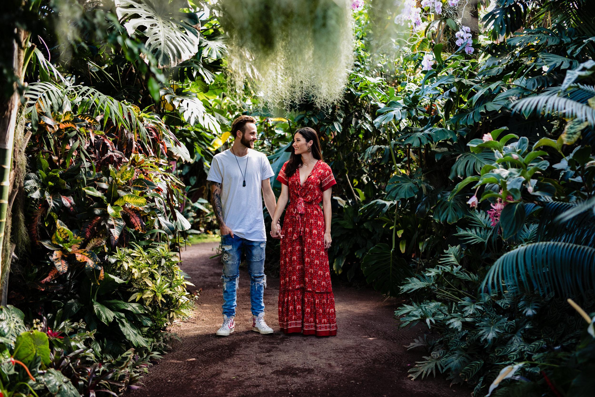 Clare Gordon Photography -Hamilton-Gardens-Engagement