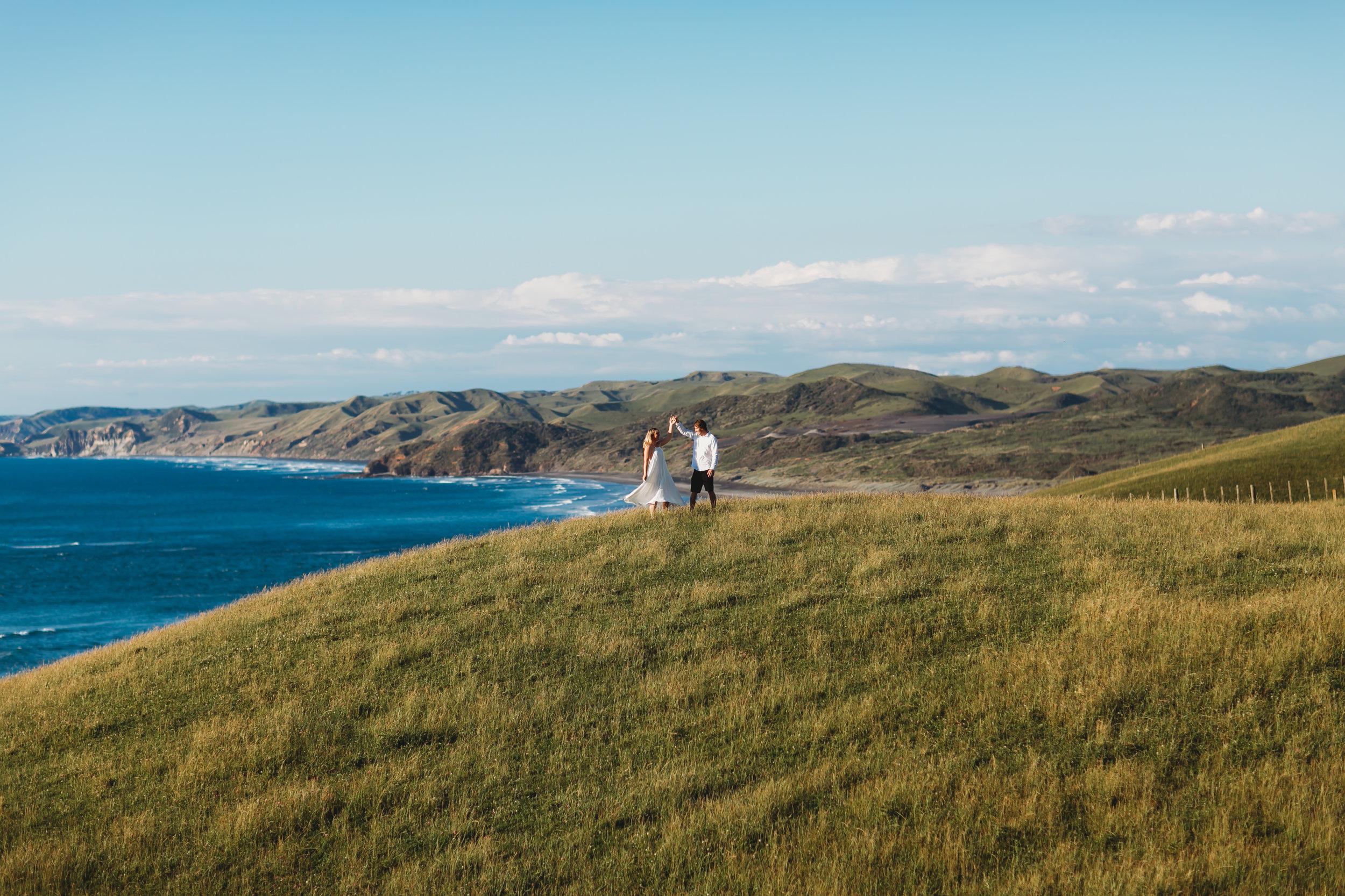 Raglan-beach-couples-engagement-photo-shoot (16 of 79).jpg