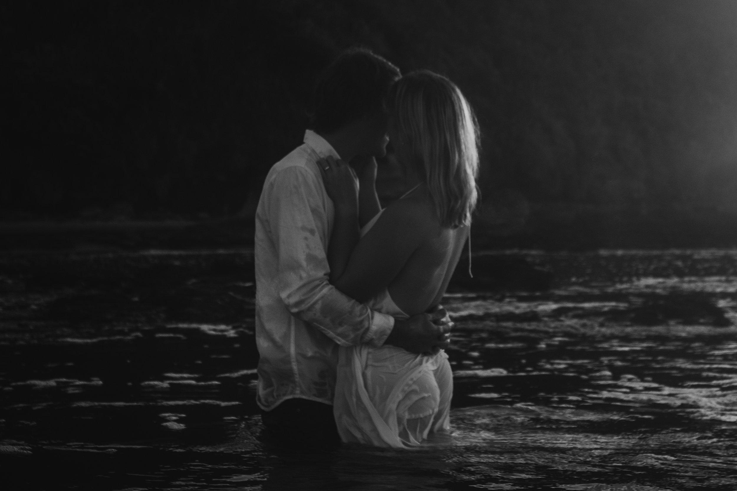 Raglan-beach-couples-engagement-photo-shoot (12 of 79).jpg