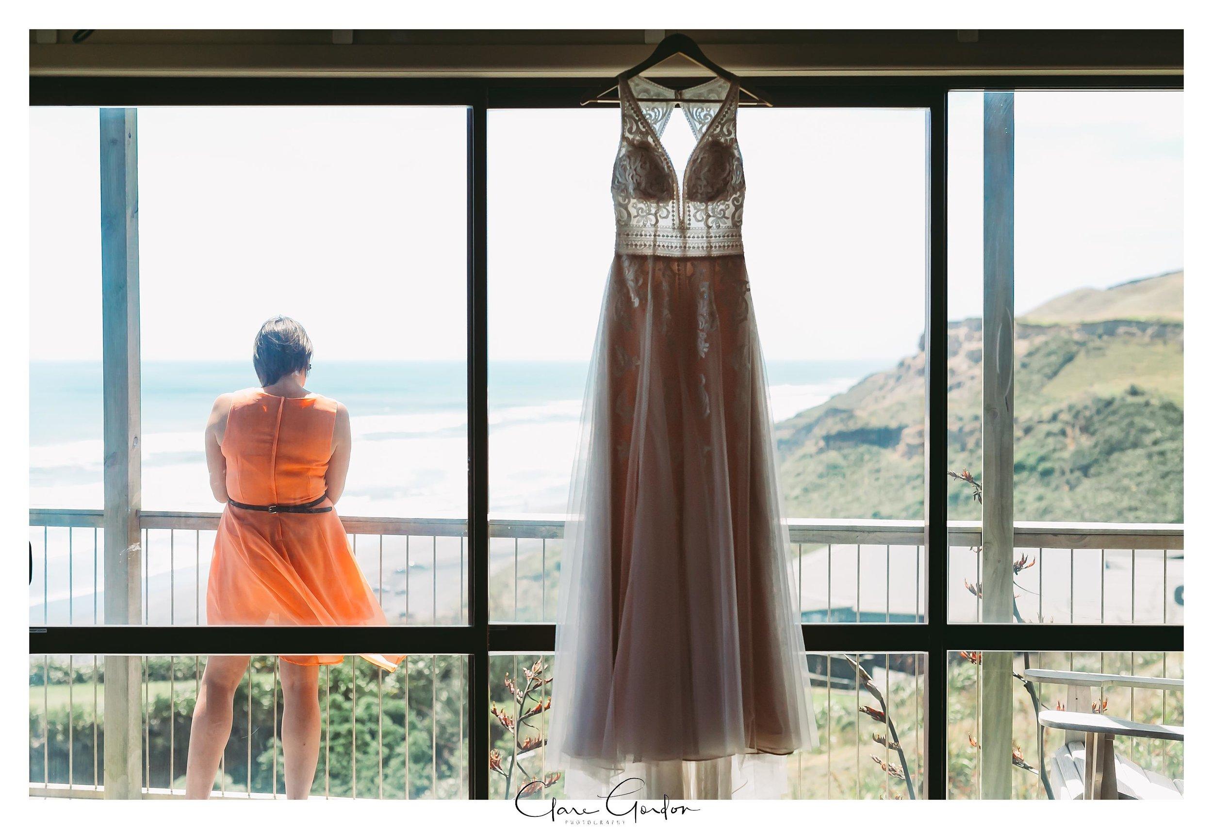 Castaways-resort-waiuku-Wedding-photos-Karioitahi-beach (36).jpg