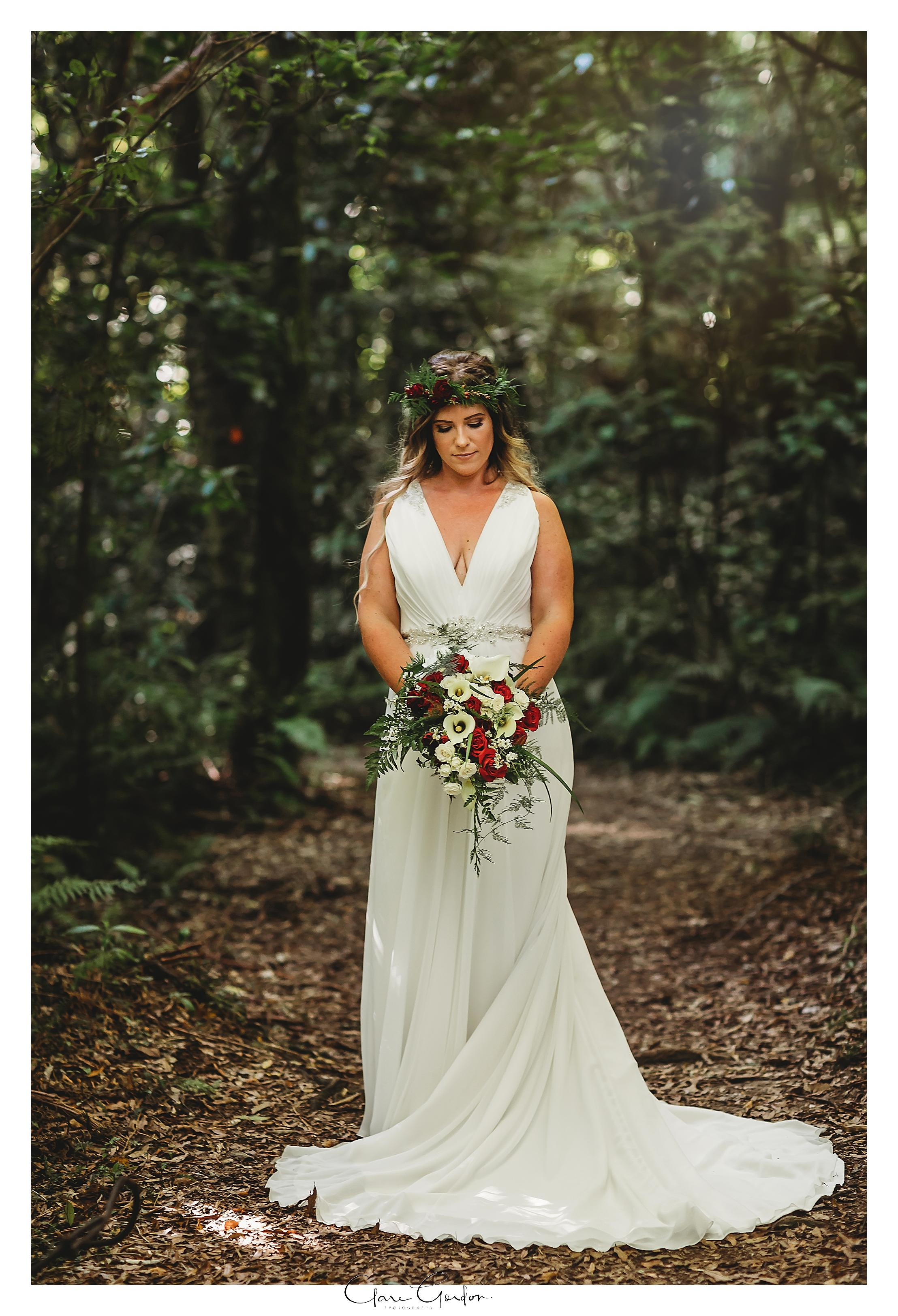 Tauranga-wedding-Photographer-Bride-portrait-in-NZ-Forest.jpg
