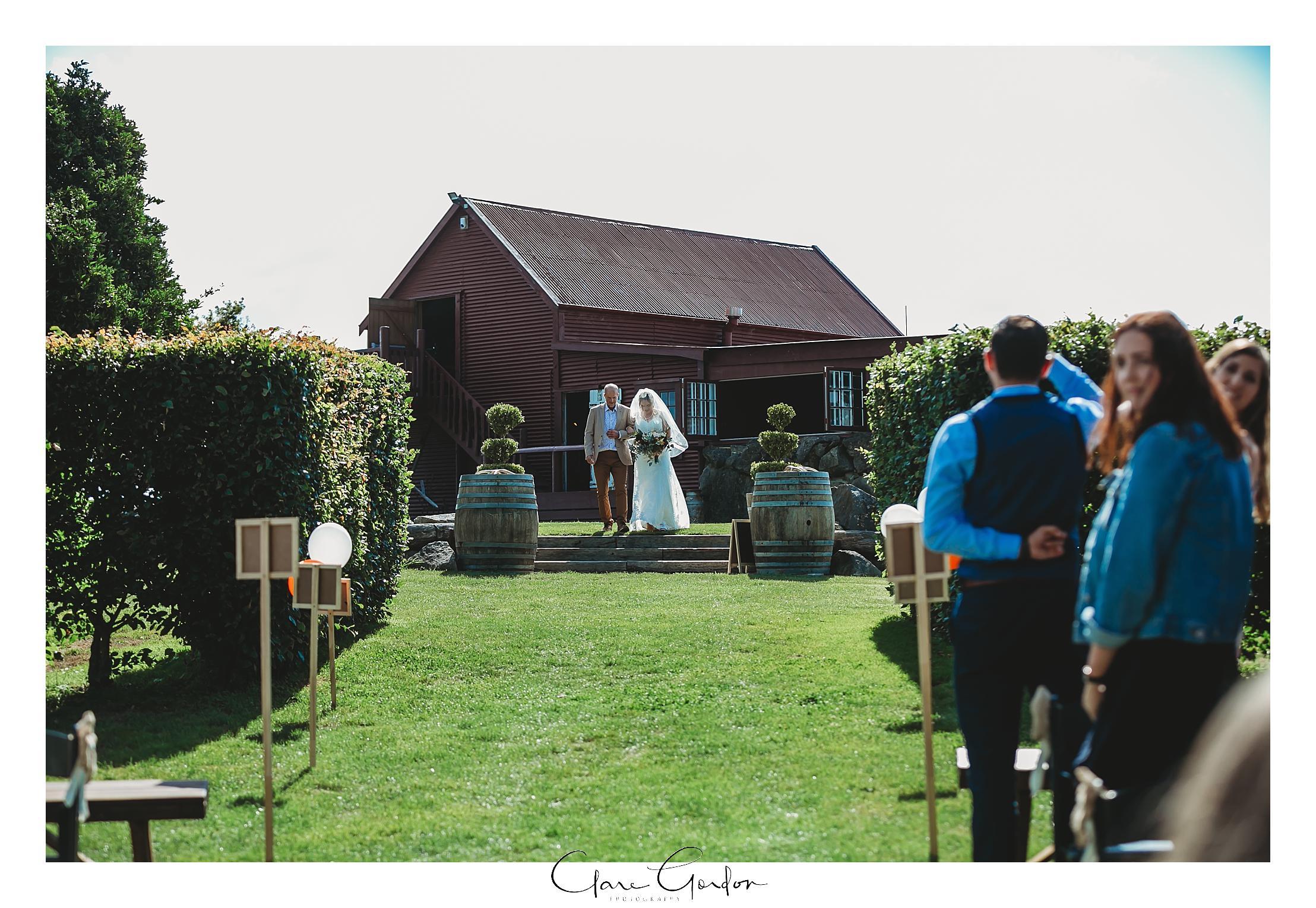 red-barn-wedding-tirau-waikato-wedding (59).jpg