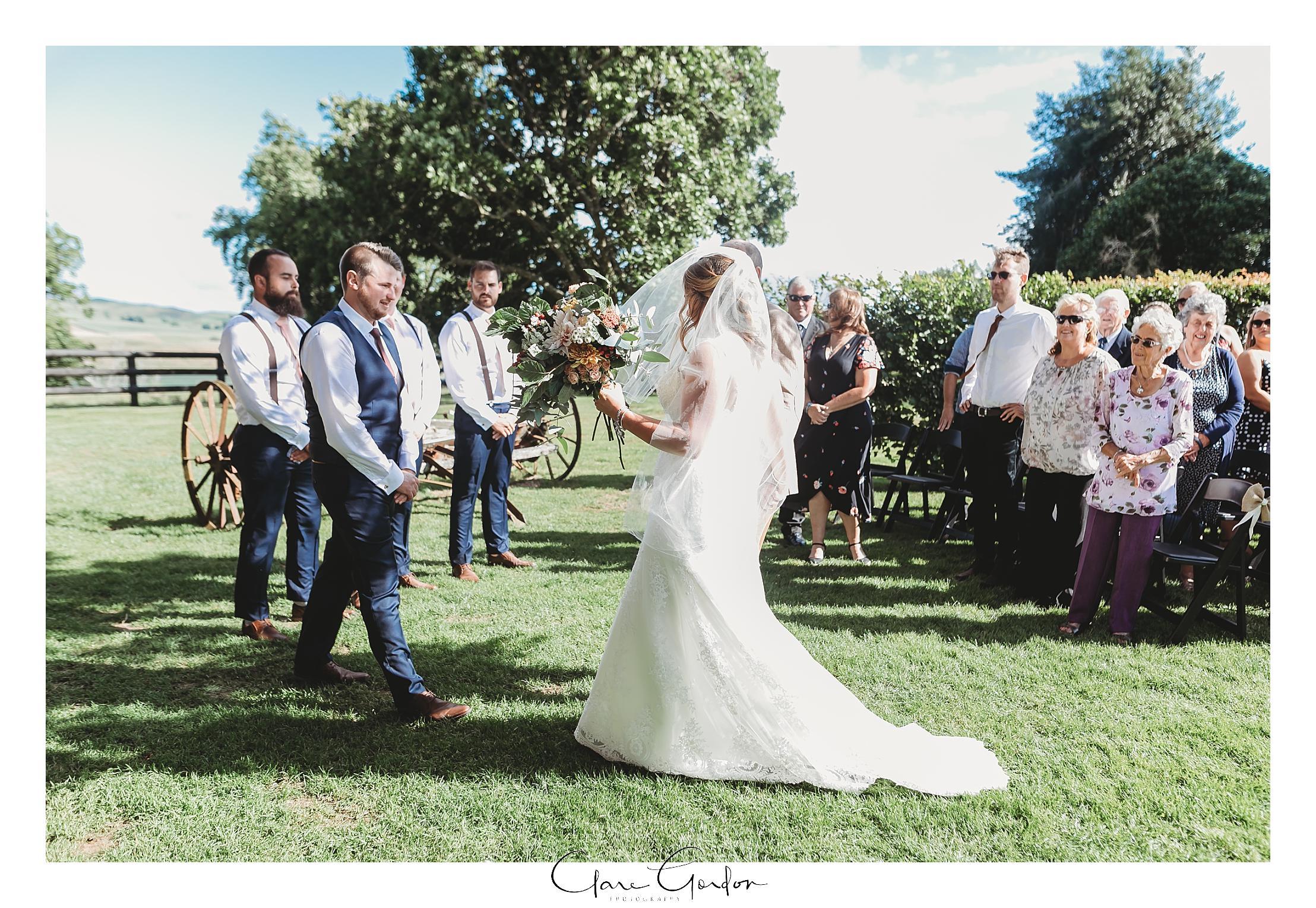 red-barn-wedding-tirau-waikato-wedding (64).jpg