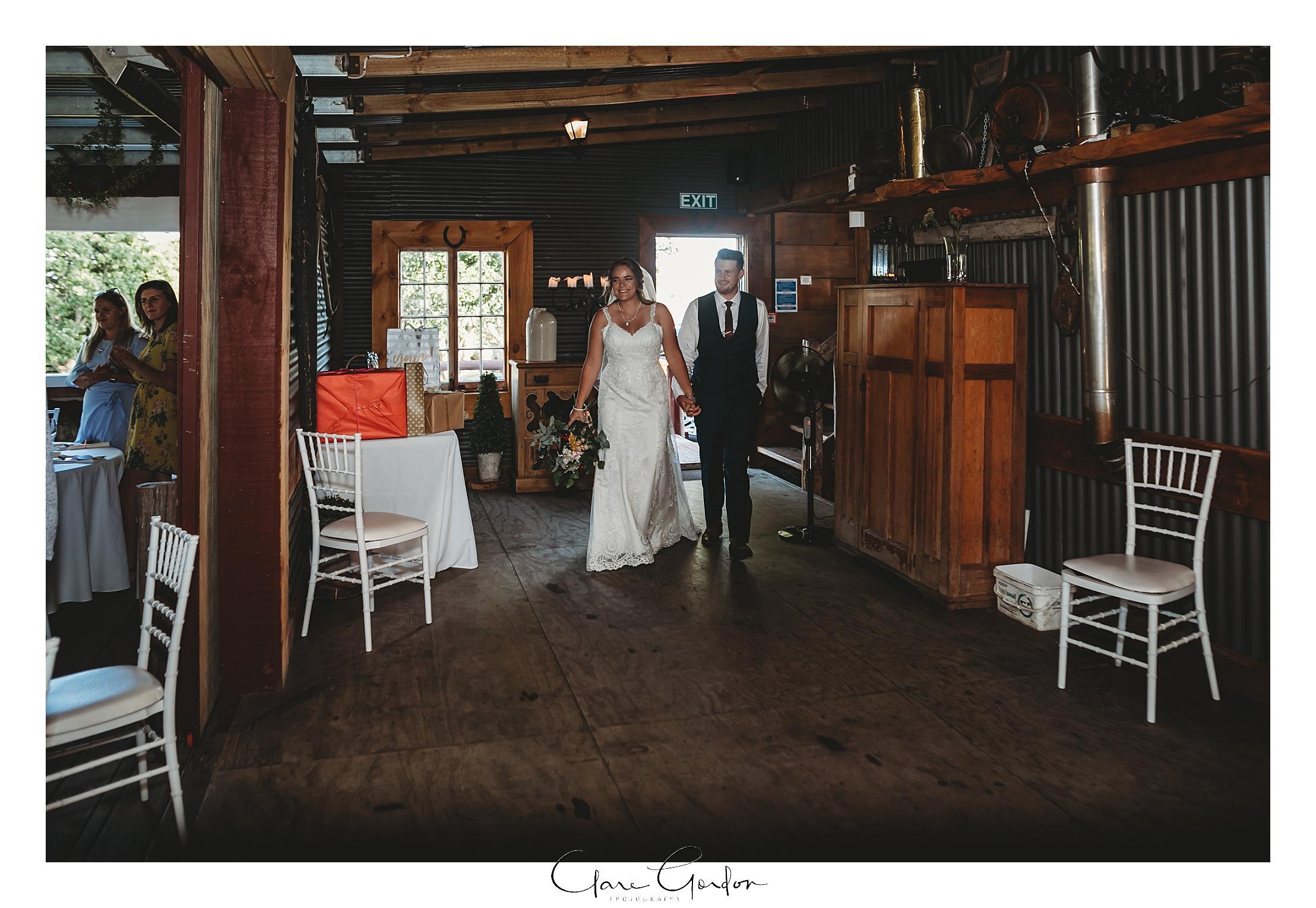 red-barn-wedding-tirau-waikato-wedding (92).jpg
