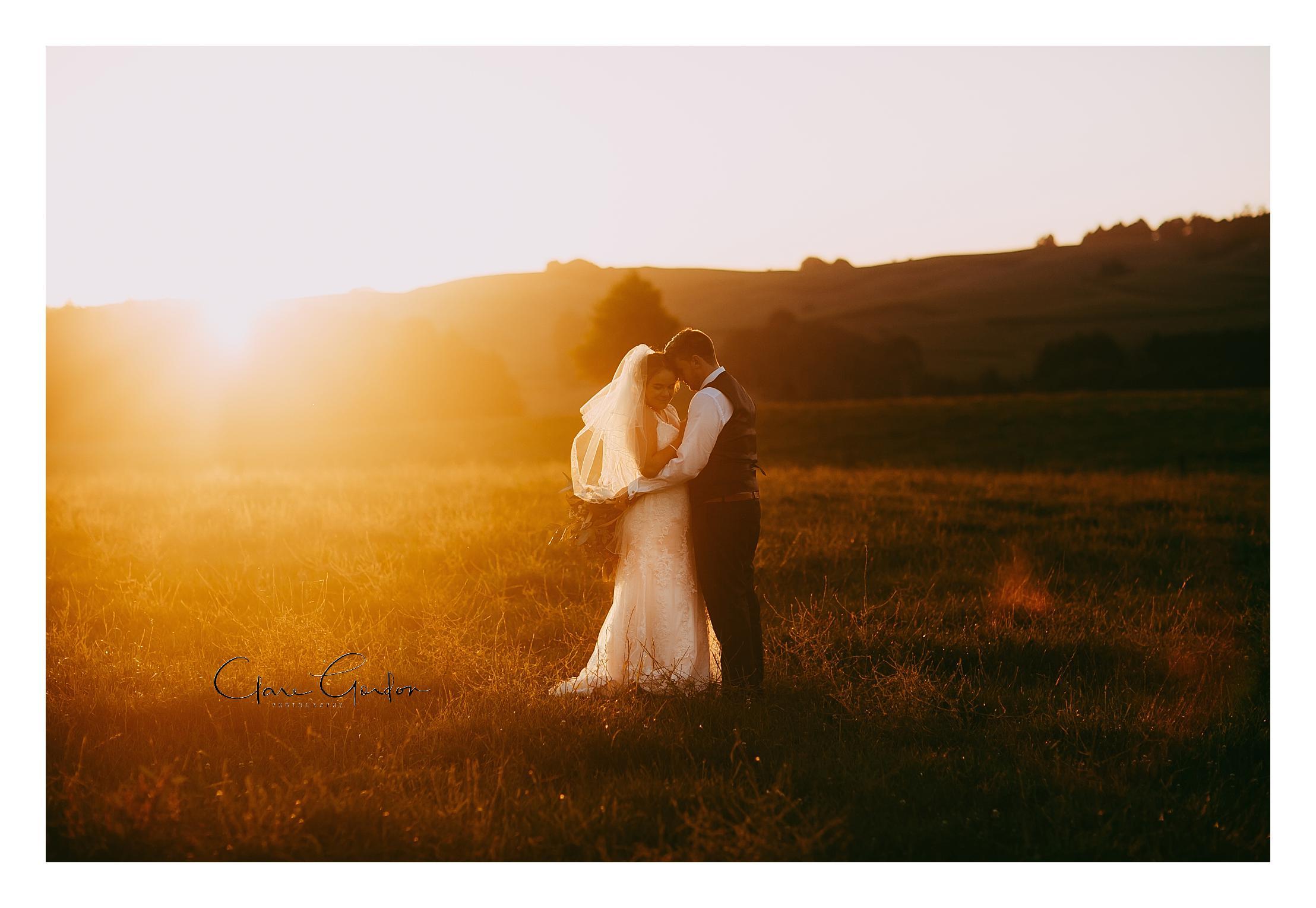 Red Barn-Tirau-sunset-wedding-photo.jpg