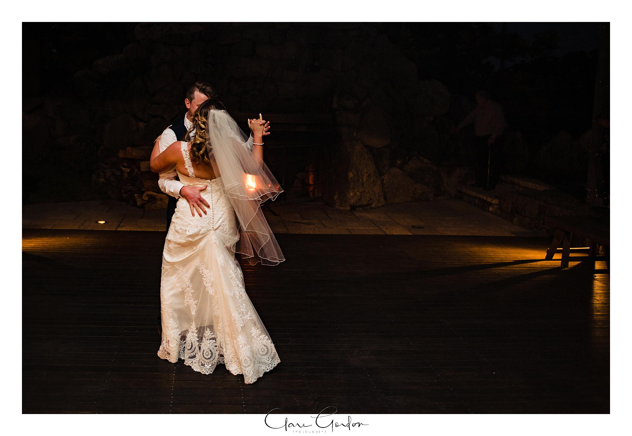 red-barn-wedding-tirau-waikato-wedding (107).jpg