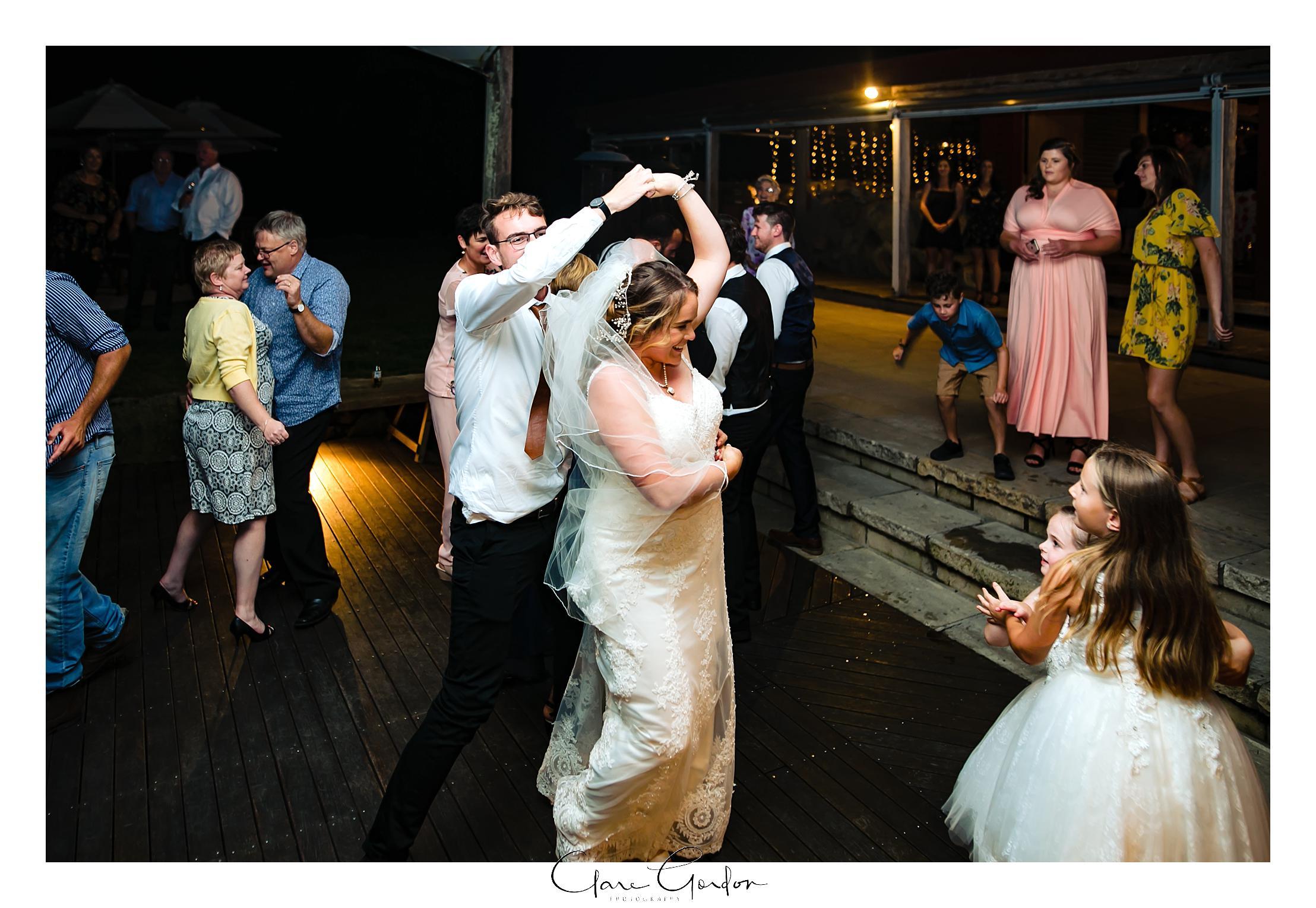 red-barn-wedding-tirau-waikato-wedding (115).jpg