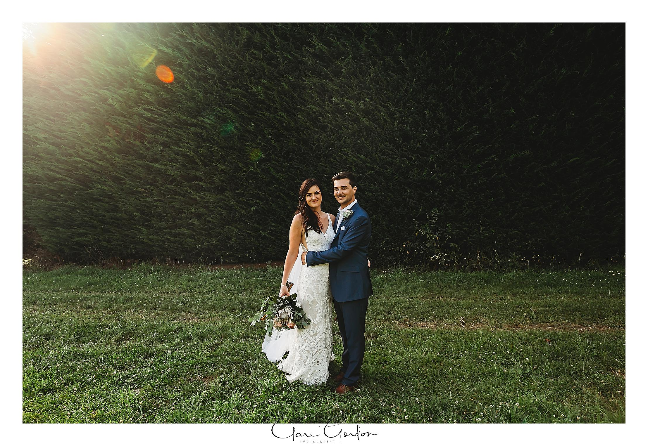 bride-and-groom-photo-lake-karapiro