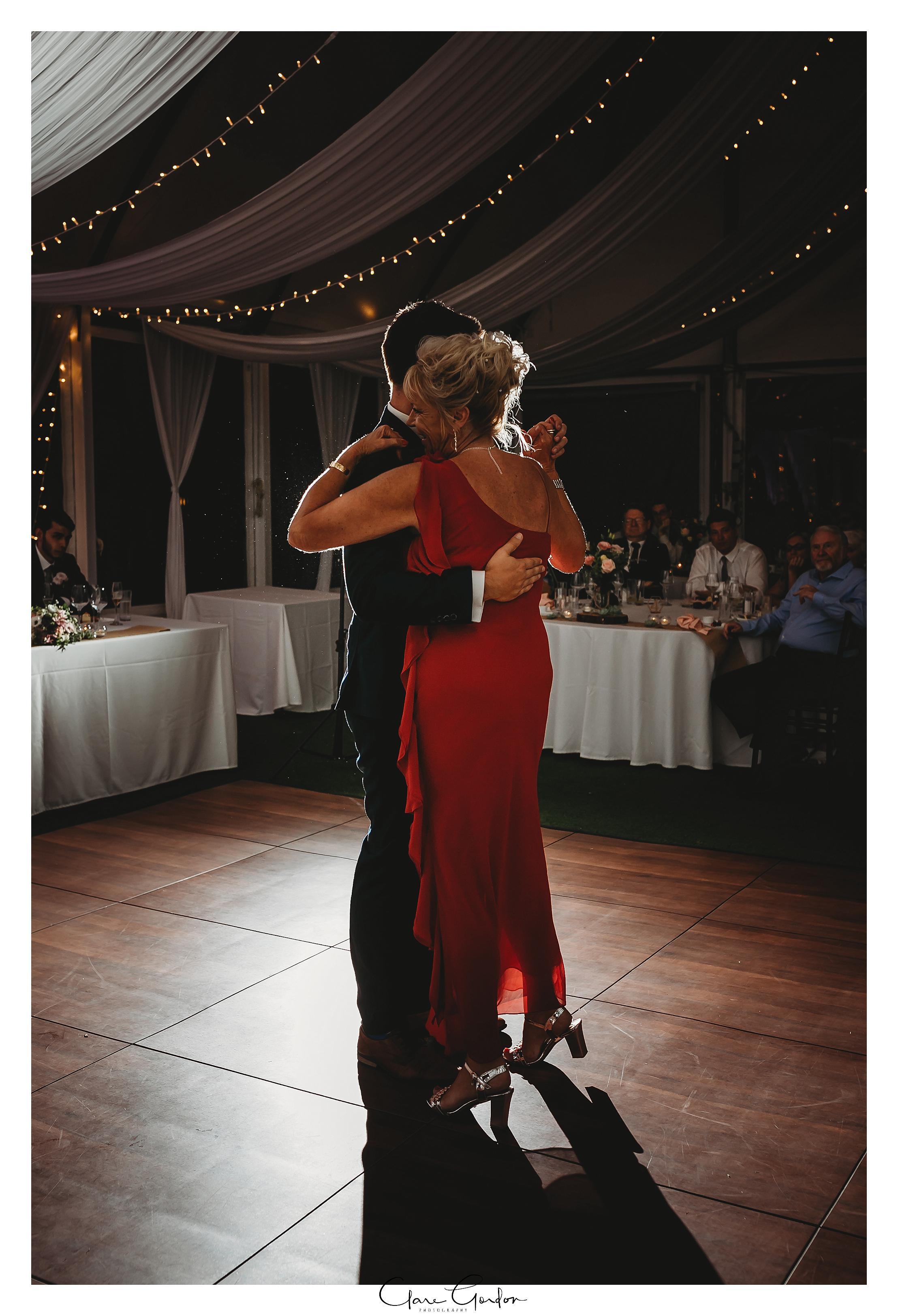 Allely-Estate-wedding-photo (240).jpg