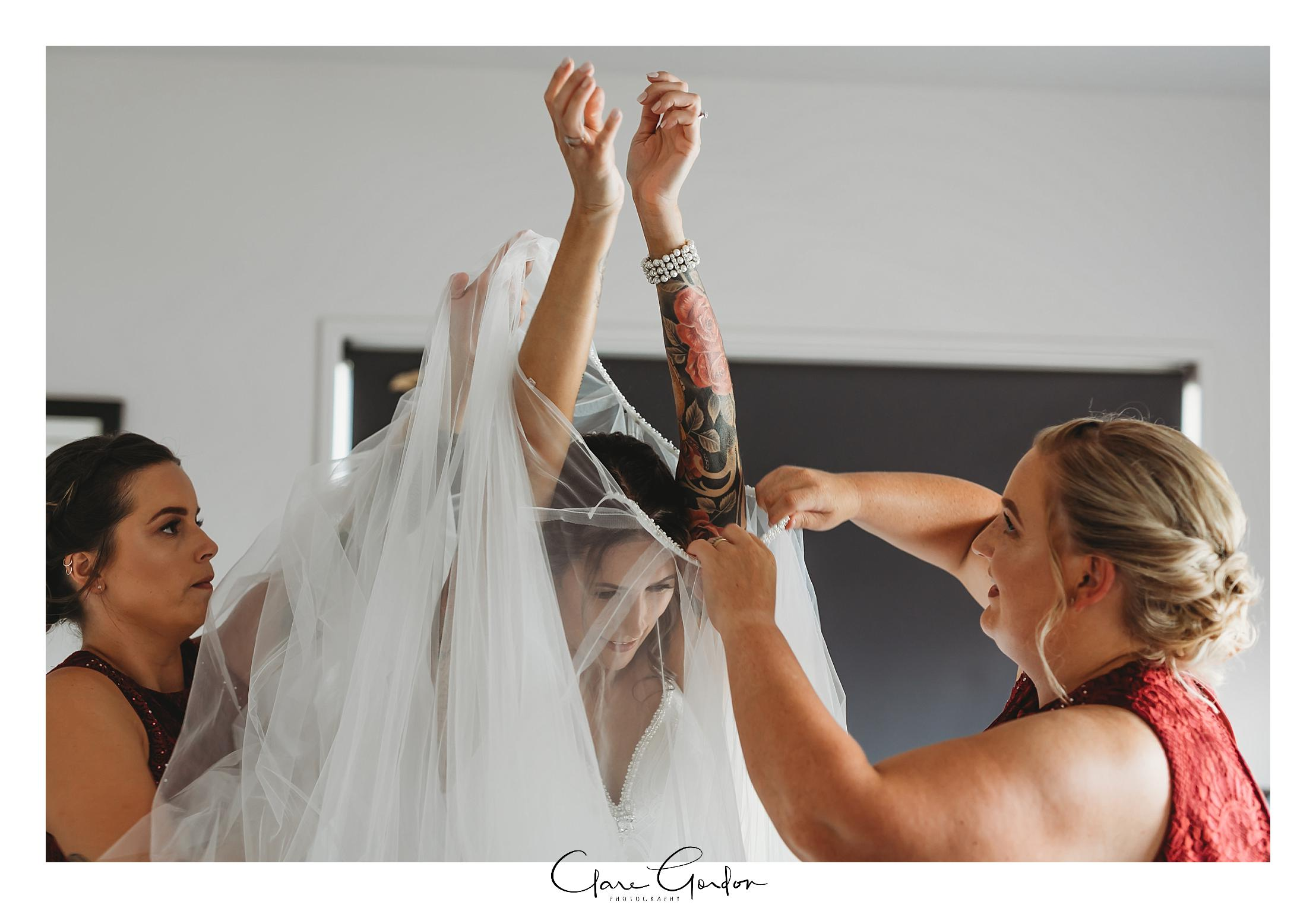 Waikato-wedding-photographer-Forest-weddnig-Hamilton-wedding-Newzealand (38).jpg