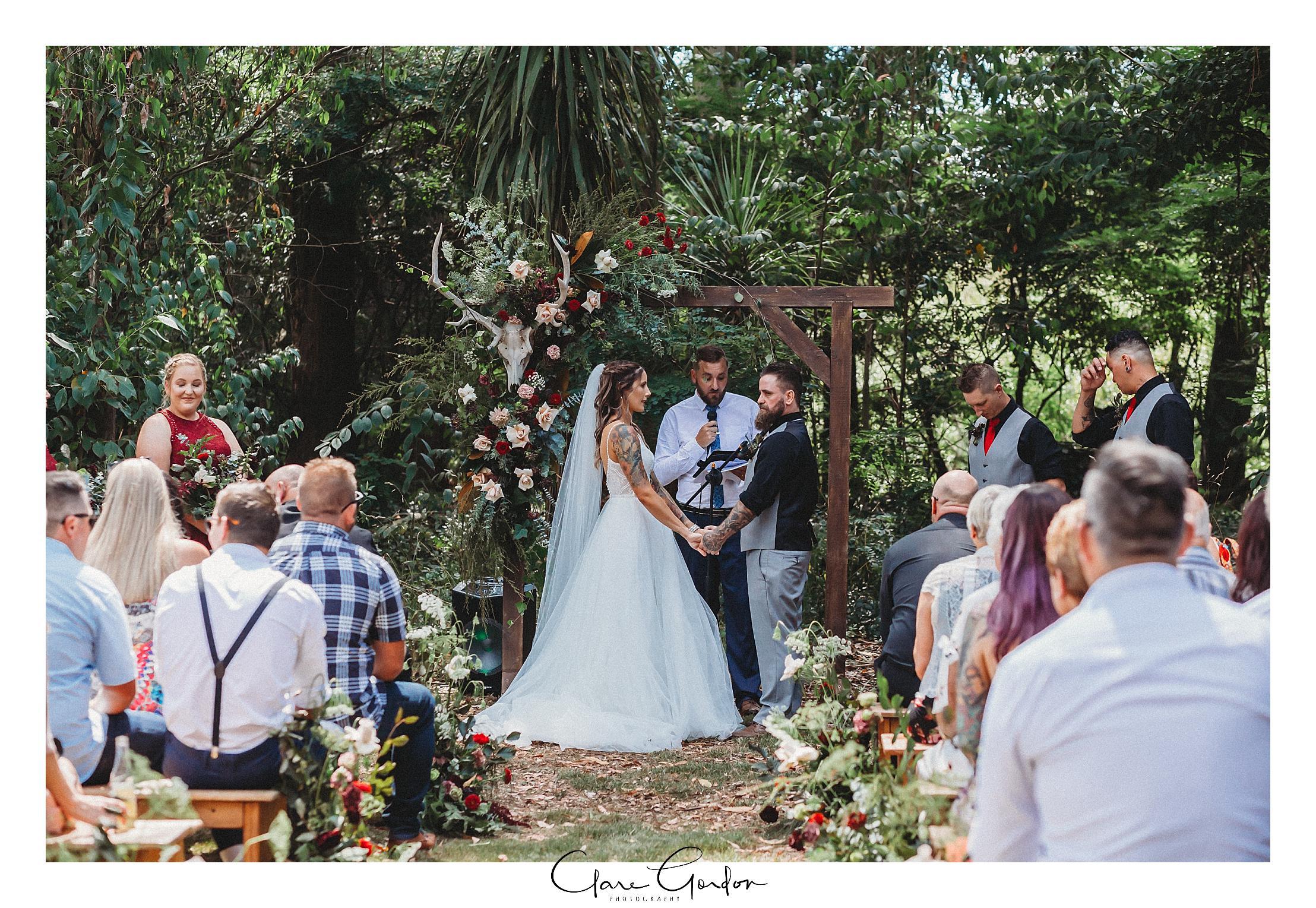 Waikato-wedding-photographer-Forest-weddnig-Hamilton-wedding-Newzealand (71).jpg