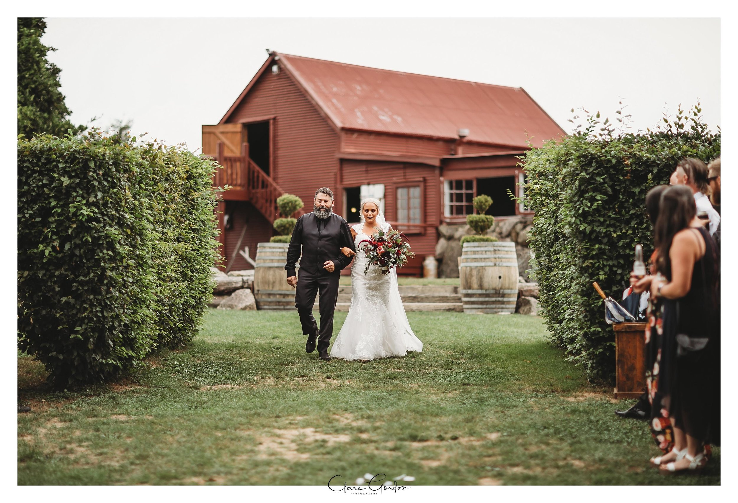 The-red-barn-wedding-Waikato-NZ (40).jpg