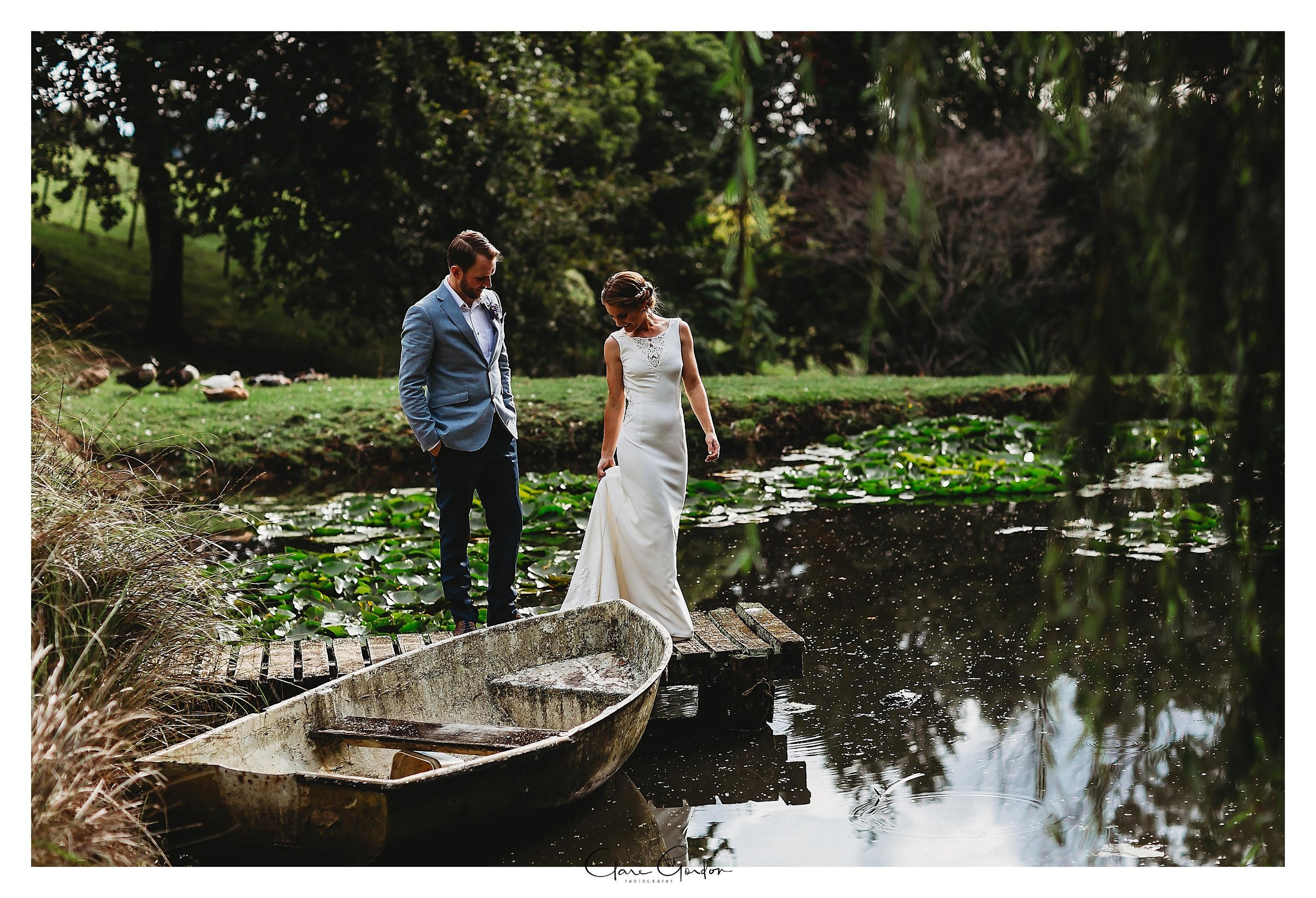 Ginangin-wedding-photo-bride-on-jetty-at-the-lake