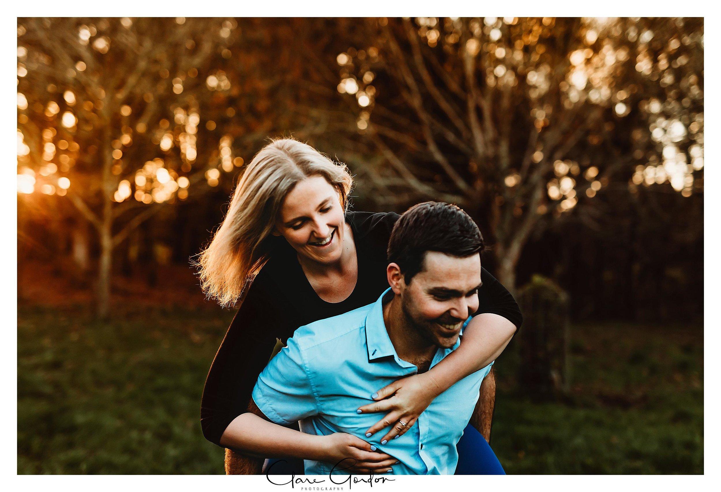 Waikato-engagement-photos-sunset-clare-gordon-photography-couple-hugging (14).jpg