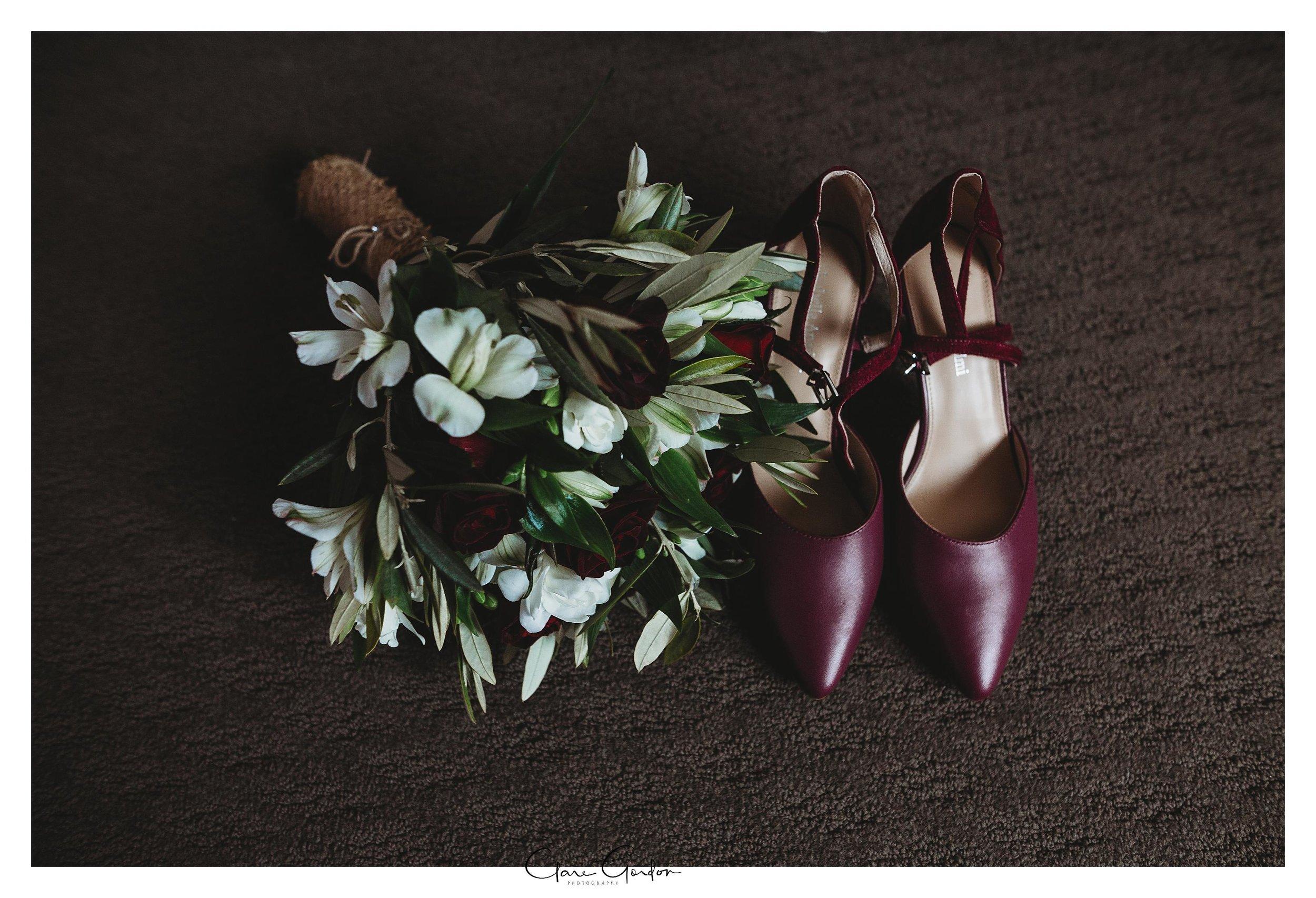 Hamilton-NZ-wedding-photographer-Bride-reflection-Waikato-wedding-photographer-Novotel-Hamilton-Clare-Gordon-photography (9).jpg