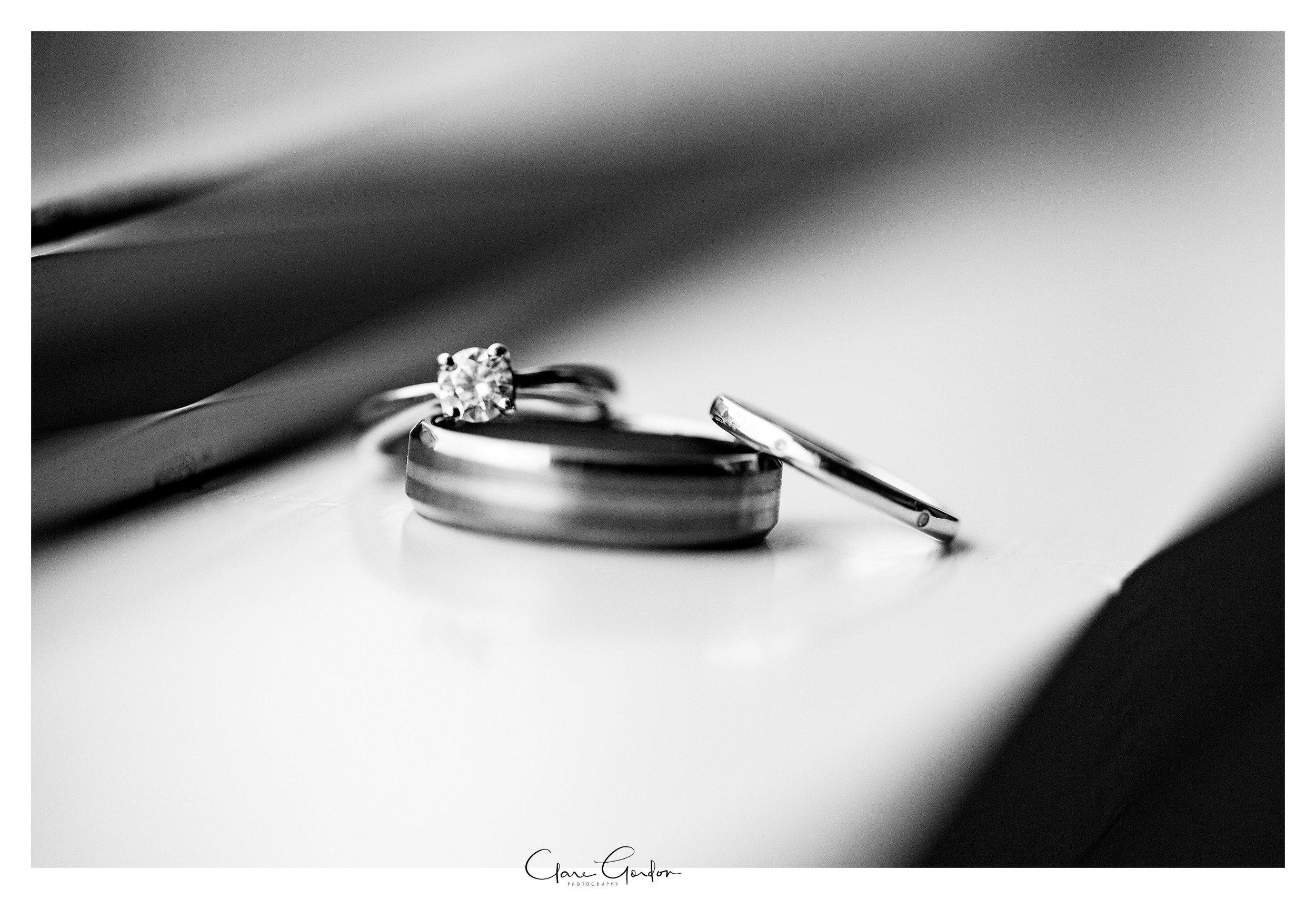 Hamilton-NZ-wedding-photographer-Bride-reflection-Waikato-wedding-photographer-Novotel-Hamilton-Clare-Gordon-photography (12).jpg