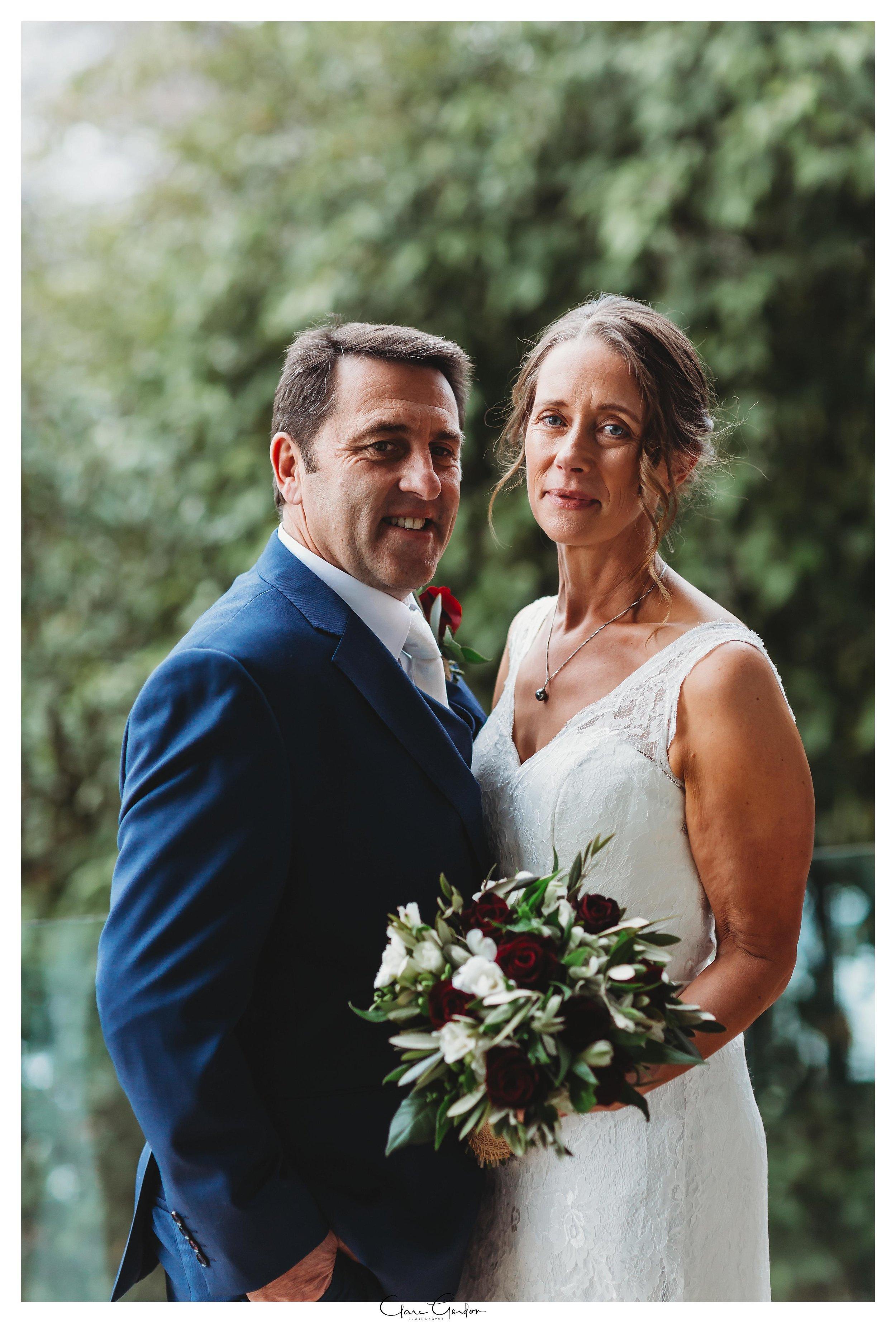 Hamilton-NZ-wedding-photographer-Bride-reflection-Waikato-wedding-photographer-Novotel-Hamilton-Clare-Gordon-photography (23).jpg