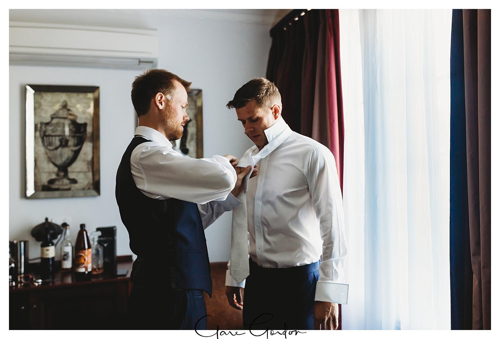 Henley-Hotel-Cherry-blossom-wedding-photos (9).jpg