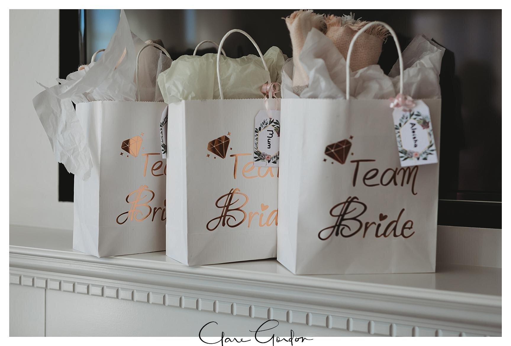 Henley-Hotel-Cherry-blossom-wedding-photos (20).jpg