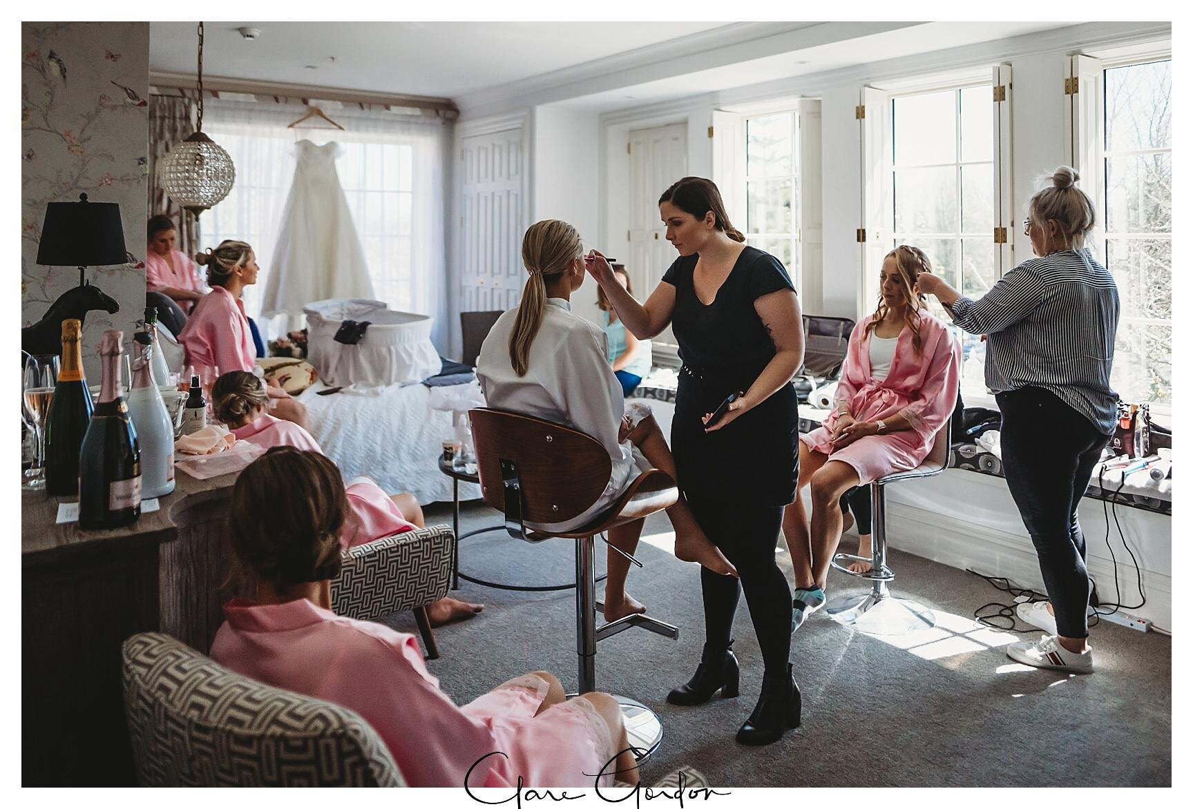 Henley-Hotel-Cherry-blossom-wedding-photos (21).jpg