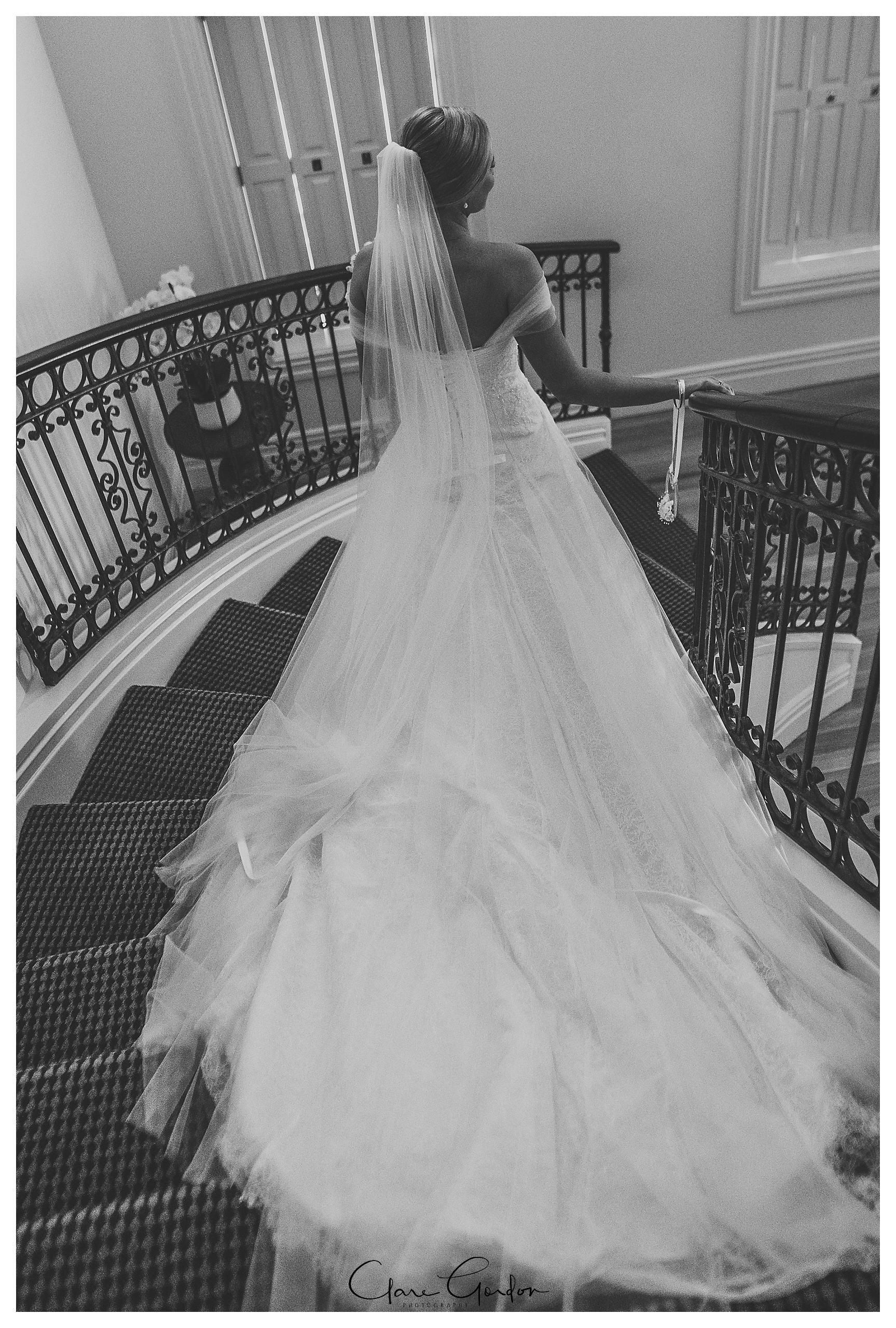 Henley-Hotel-Cherry-blossom-wedding-photos (35).jpg