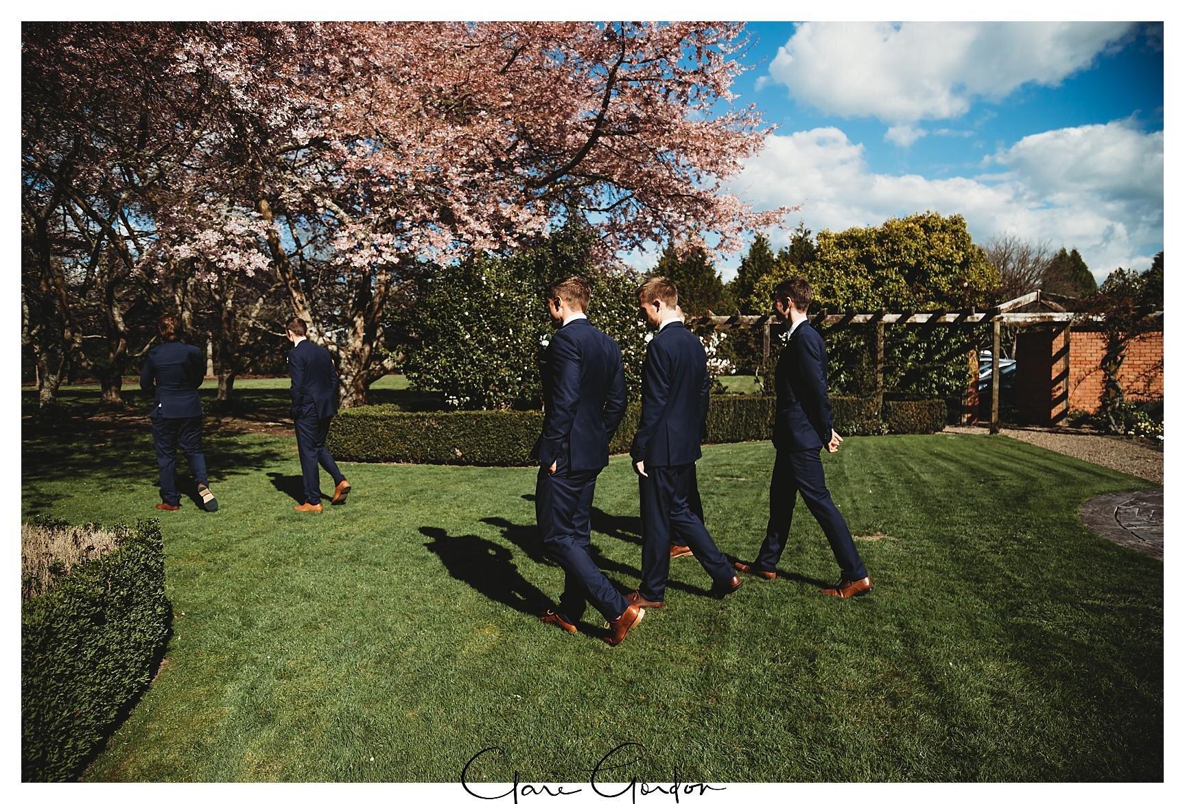 Henley-Hotel-Cherry-blossom-wedding-photos (37).jpg