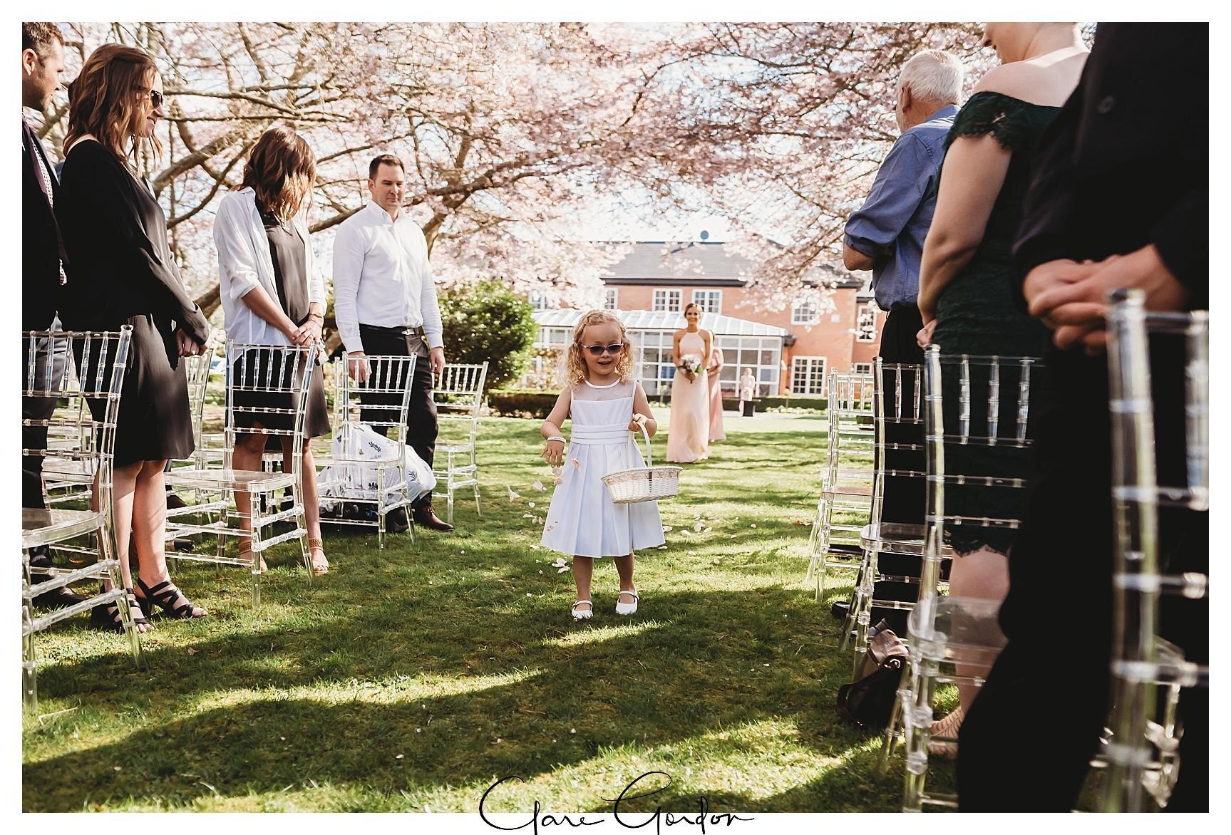Henley-Hotel-Cherry-blossom-wedding-photos (40).jpg