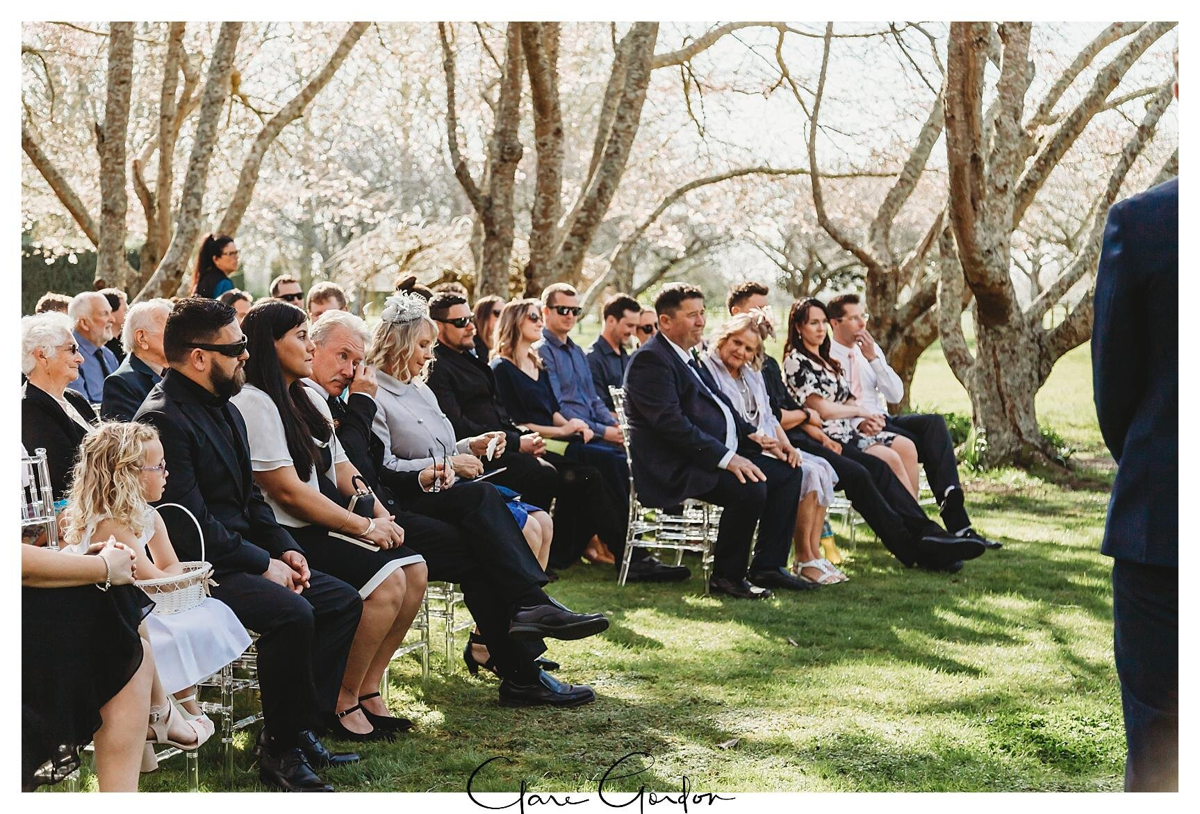 Henley-Hotel-Cherry-blossom-wedding-photos (48).jpg