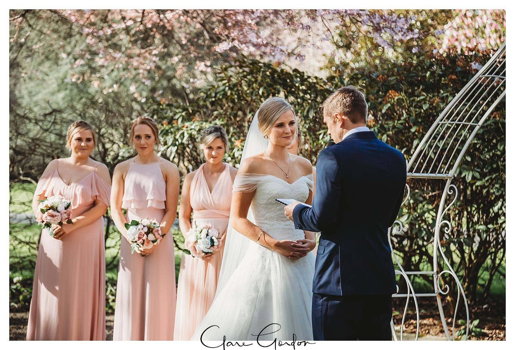 Henley-Hotel-Cherry-blossom-wedding-photos (49).jpg