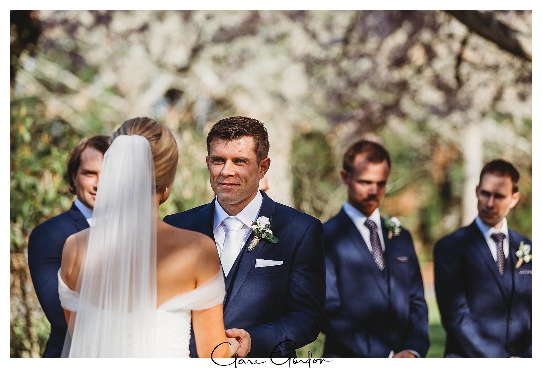 Henley-Hotel-Cherry-blossom-wedding-photos (46).jpg