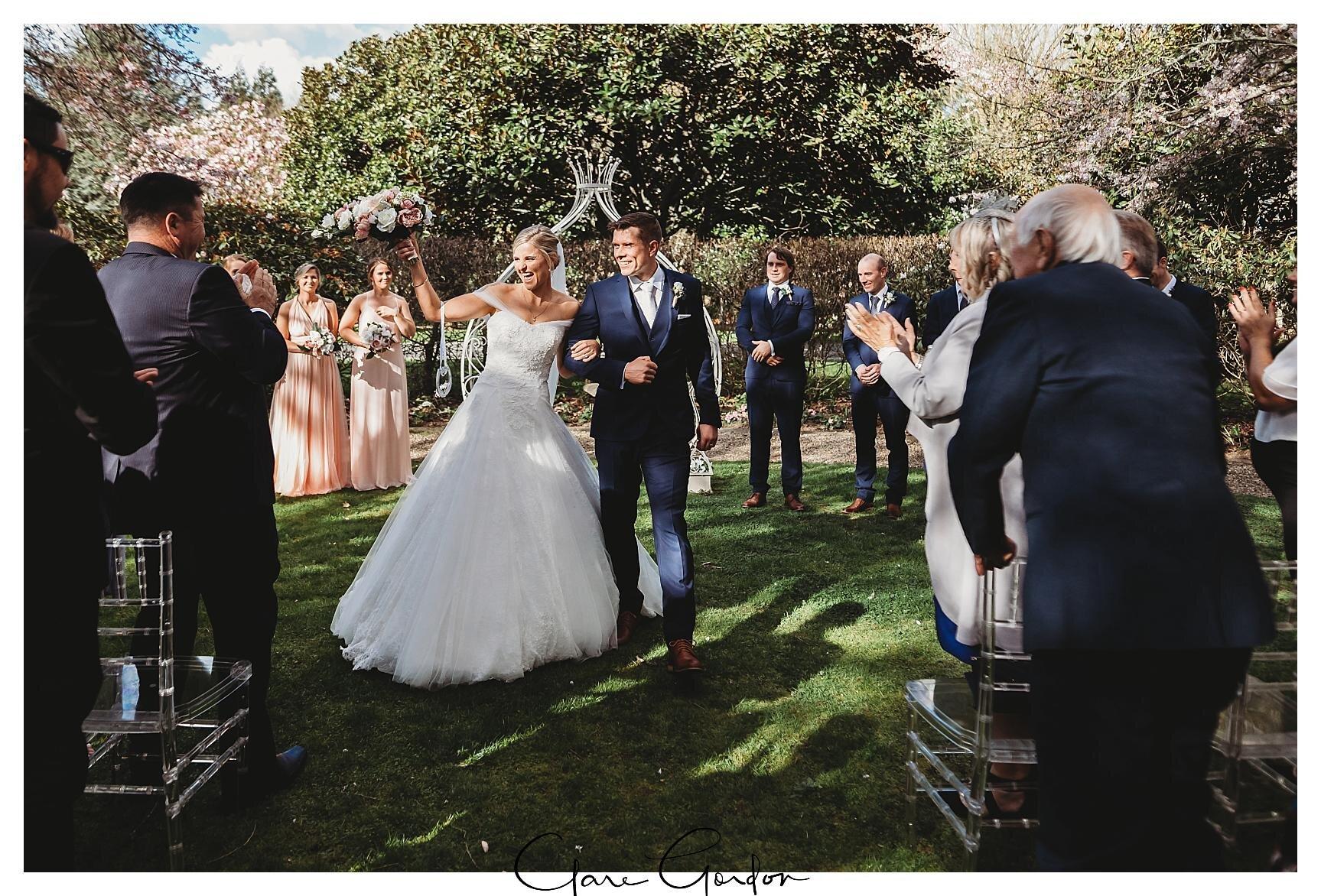 Henley-Hotel-Cherry-blossom-wedding-photos (53).jpg