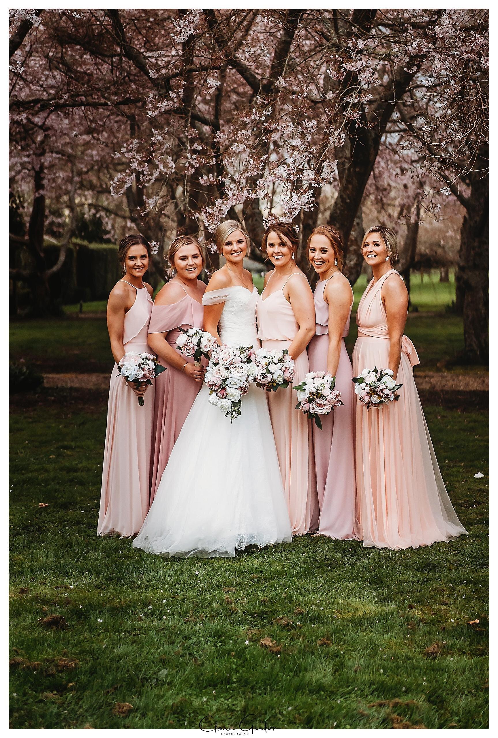 Henley-Hotel-Cherry-blossom-wedding-photos (64).jpg
