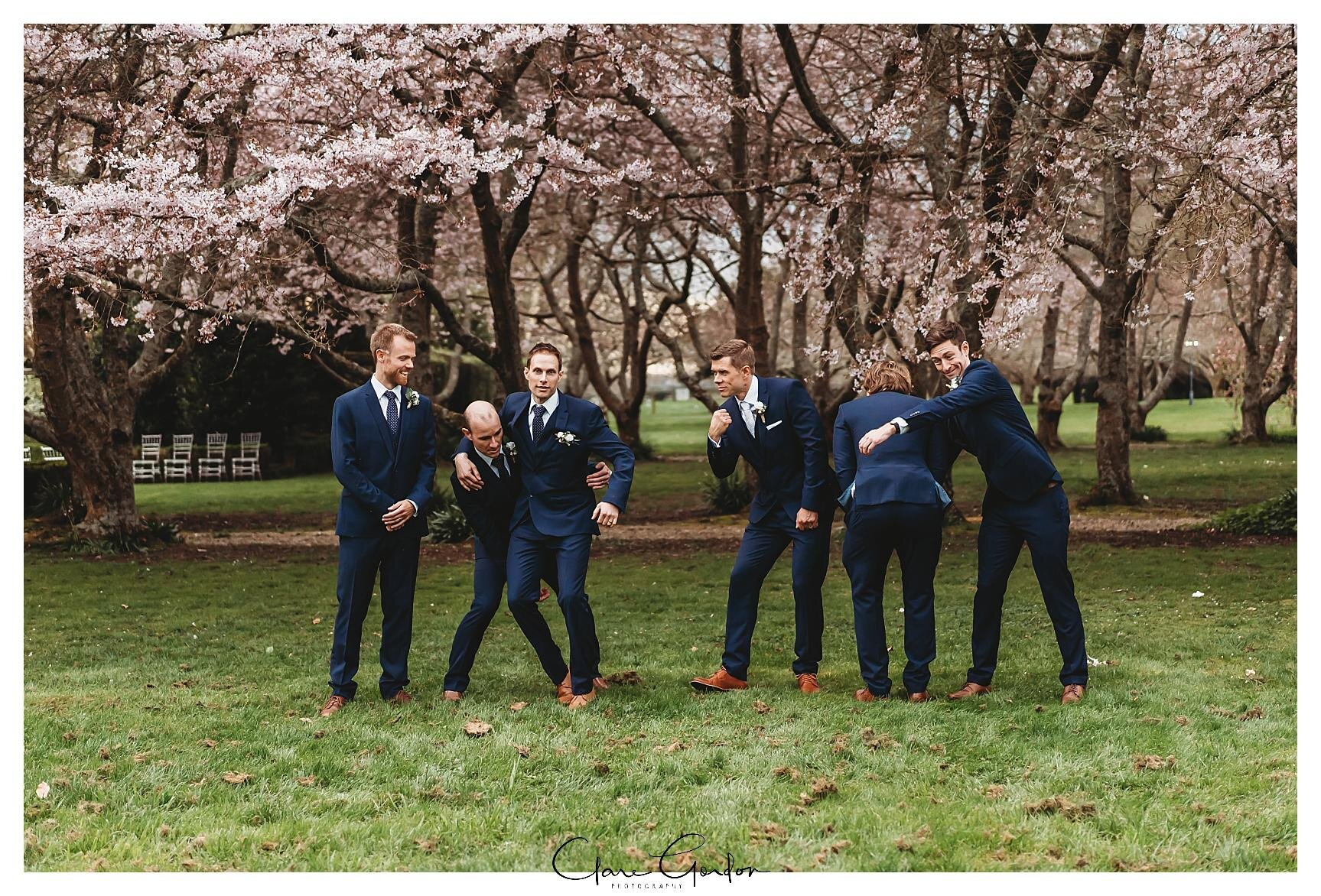 Henley-Hotel-Cherry-blossom-wedding-photos (69).jpg