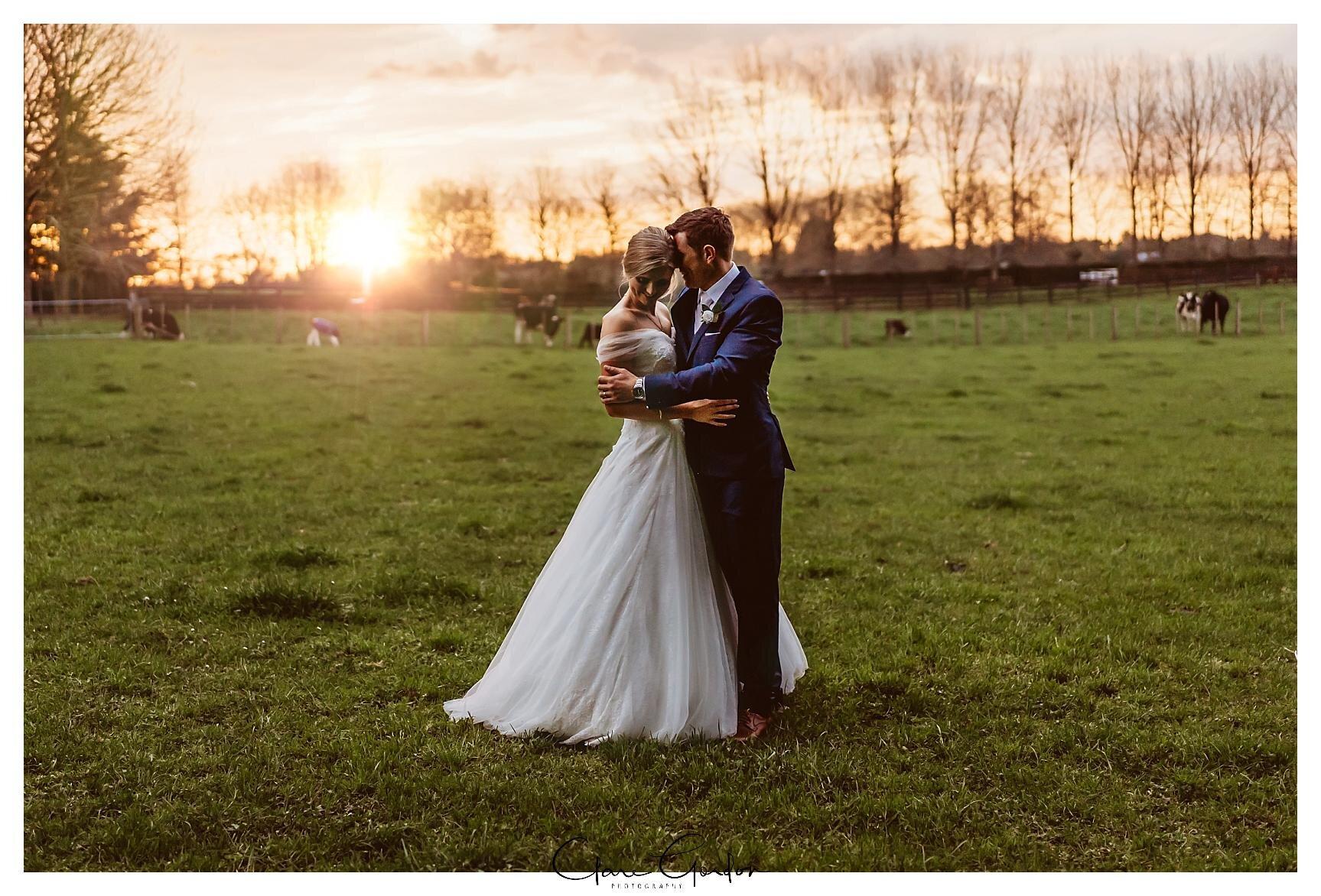Henley-Hotel-Cherry-blossom-wedding-photos (75).jpg