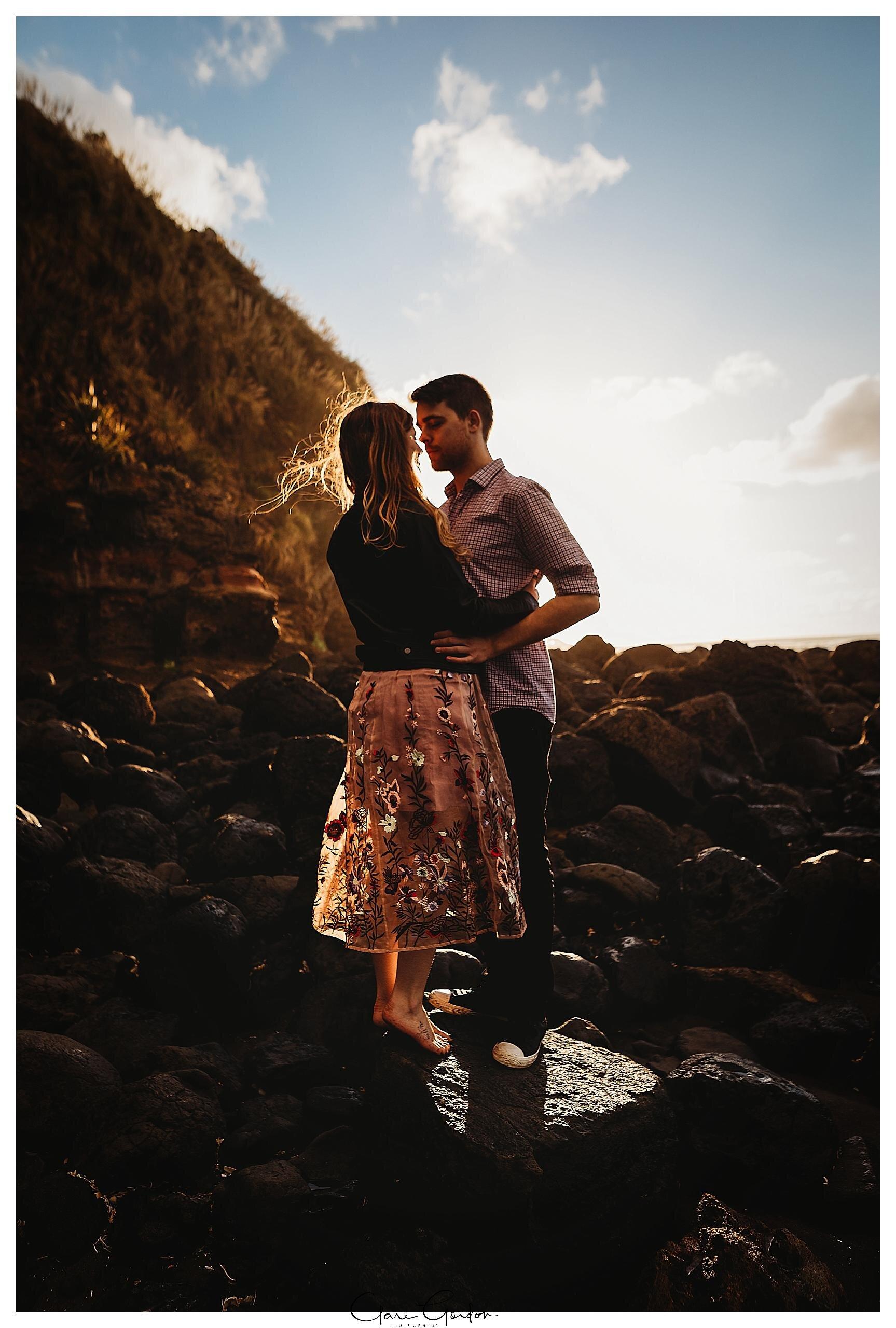Raglan-beach-NZ-couples-engagement-photos-West-coast-Newzealand (16).jpg