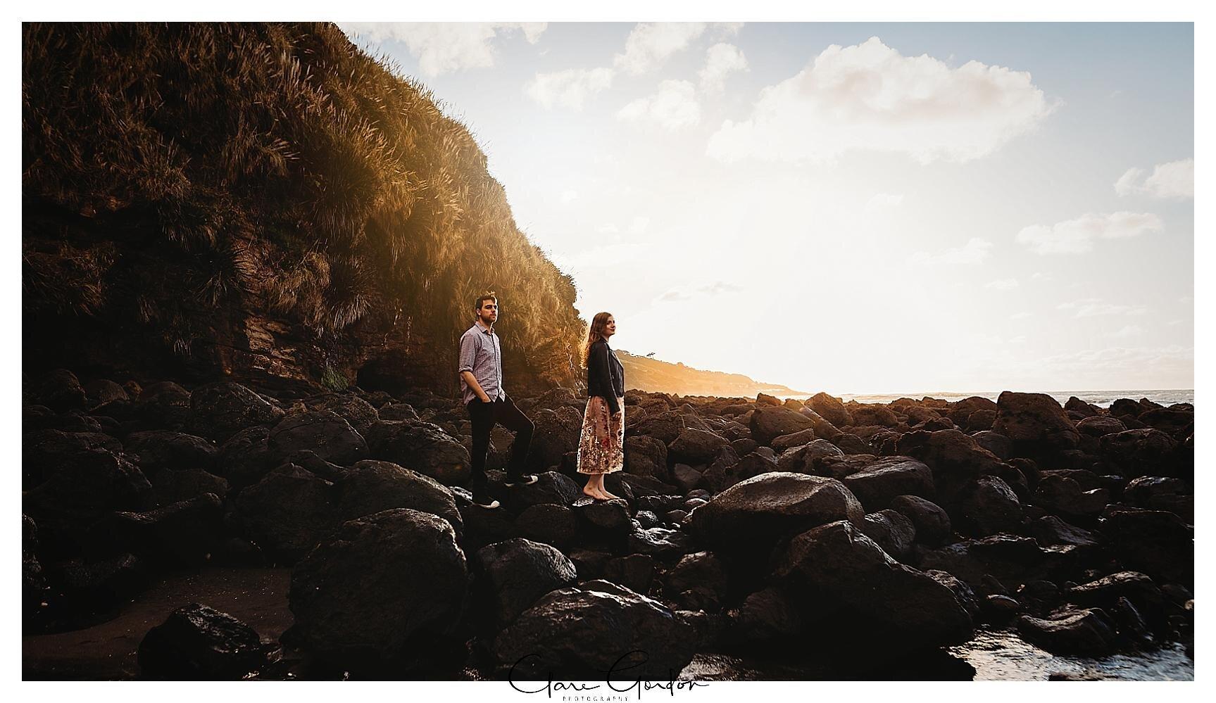 Raglan-beach-NZ-couples-engagement-photos-West-coast-Newzealand (17).jpg
