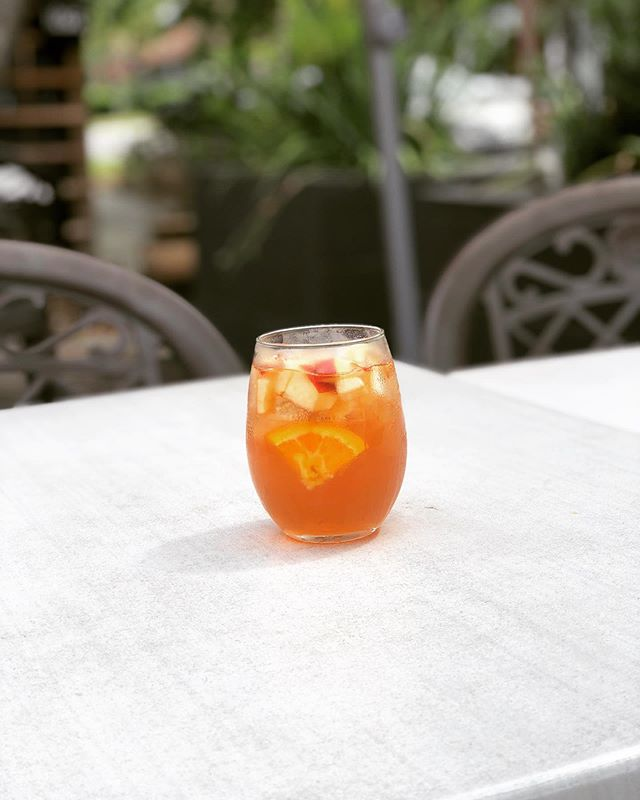 Come join us on our patio for a refreshing summer drink! Saturday's Drink Special: Rose' Sangria 🌹 🍷 🍎 🍊  #drinkspecial #rosesangria #saturdayvibes #supportlocal #downtownamelia