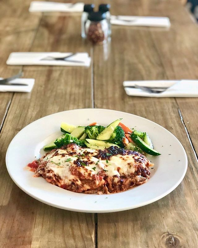 Wednesday's Dinner Special: Veal Parmigiana & Veal Tortellini a la Marinara  #vealparm #dinnerspecial #eatlocal #supportlocal #italianfood #itswhatsfordinner