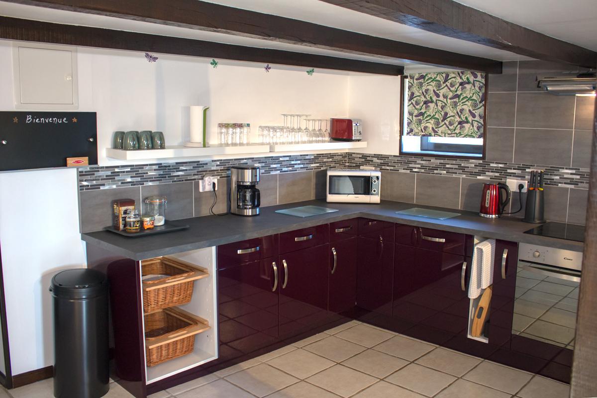 HAute-spec Cuisine - Notre cuisine a tout l'équipement dont vous avez besoin pour des vacances réussies.