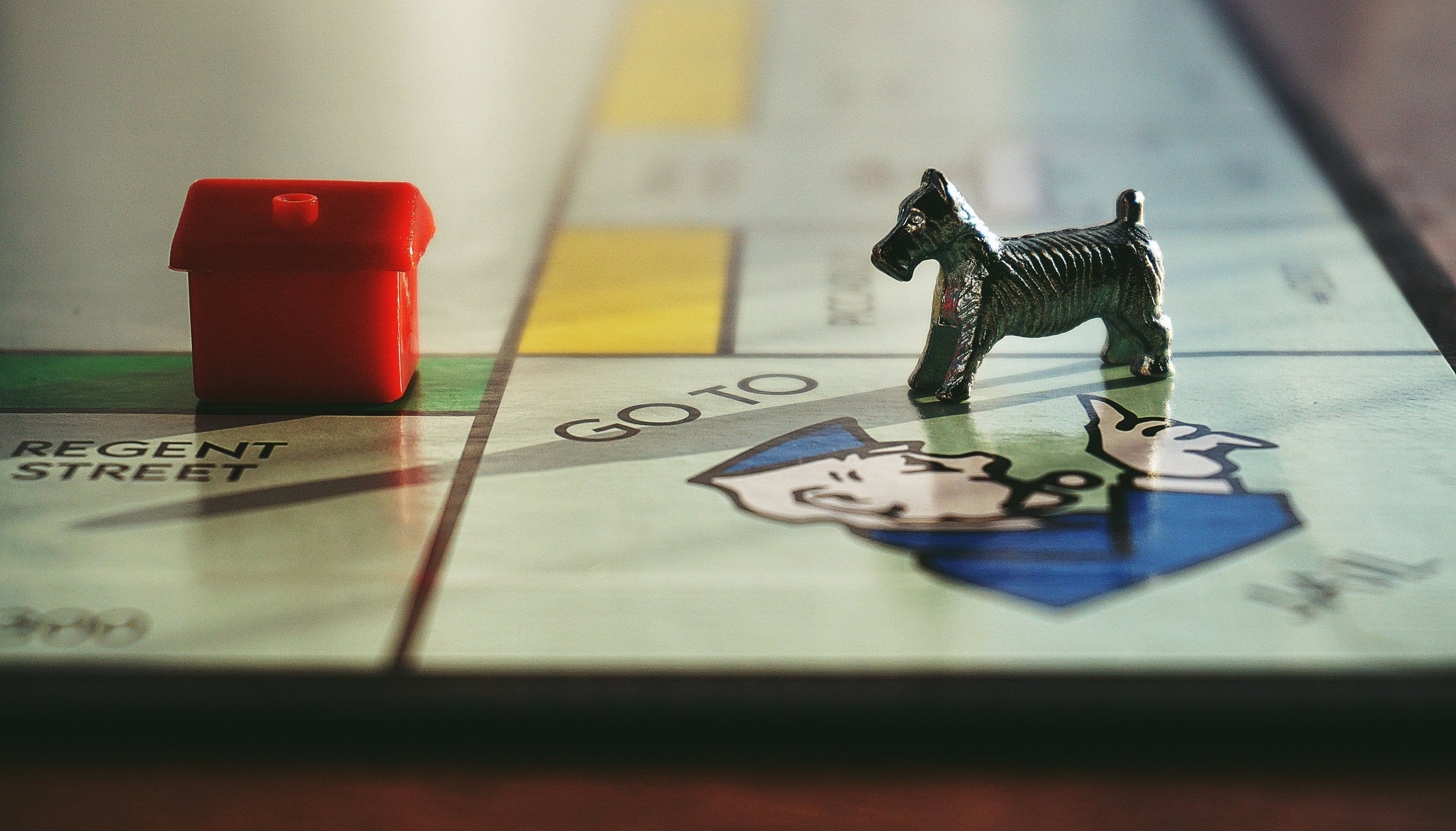 activity-board-game-close-up-1314435.jpg
