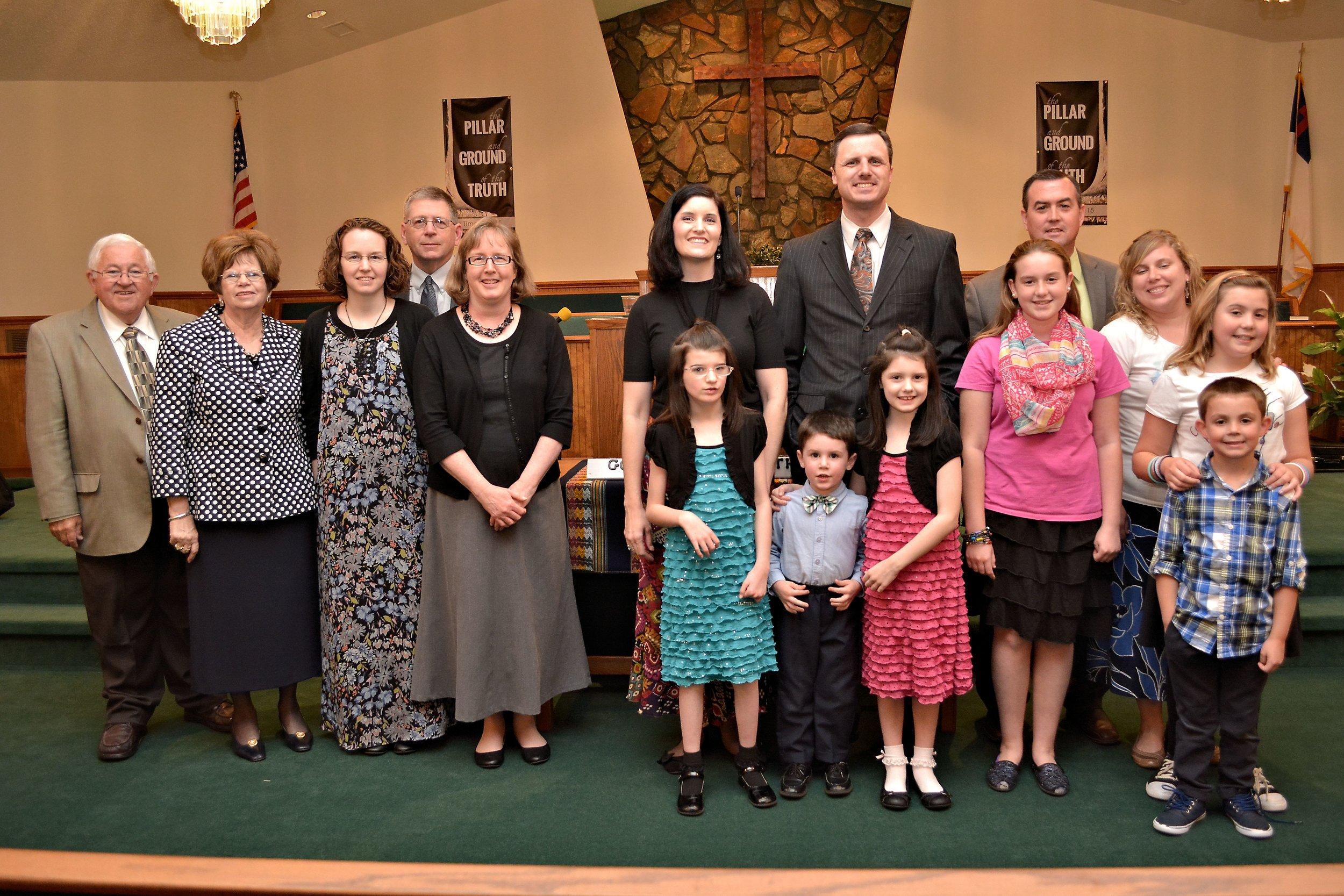 missionaries and familu 006 (2).jpg